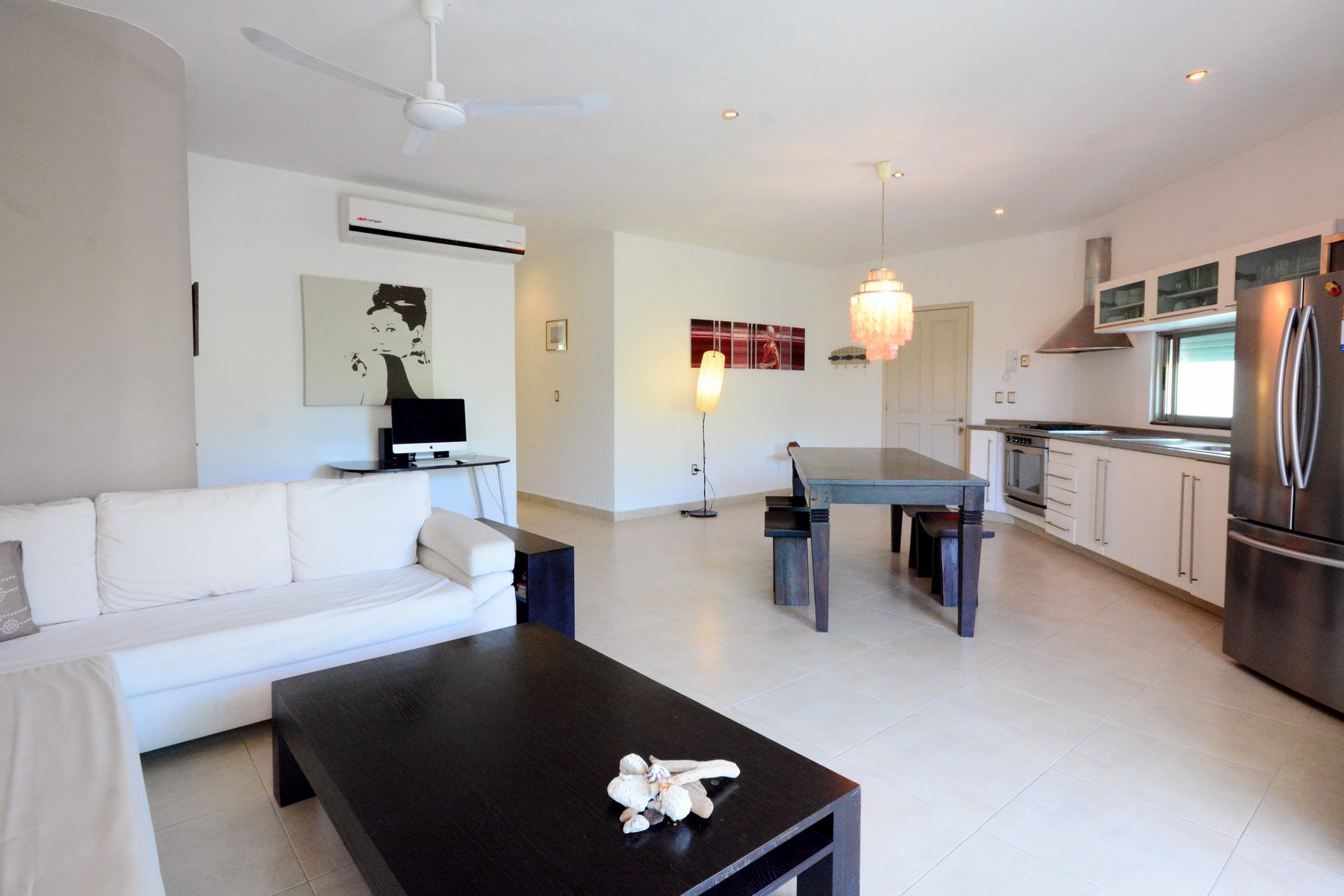 DOWNTOWN APARTMENT CLOSE TO THE BEACH