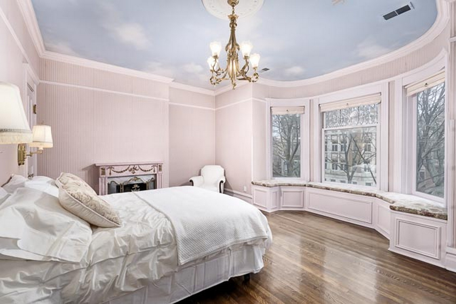 Additional photo for property listing at Designer Owned Architecturall Gem 826 W Oakdale Avenue Chicago, Illinois 60657 United States