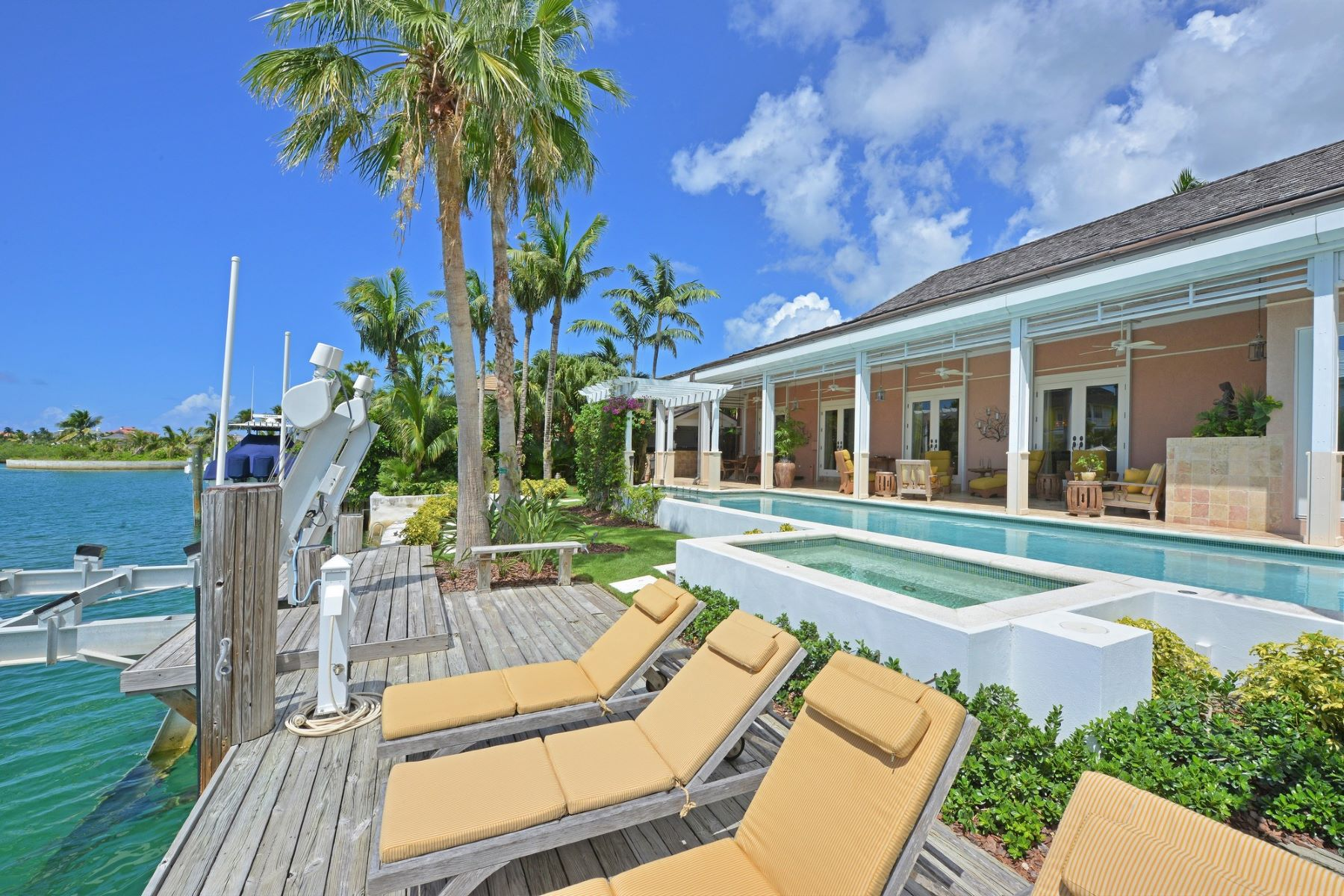 Single Family Home for Sale at 8 Beach Island Islands At Old Fort Bay, Old Fort Bay, Nassau And Paradise Island Bahamas