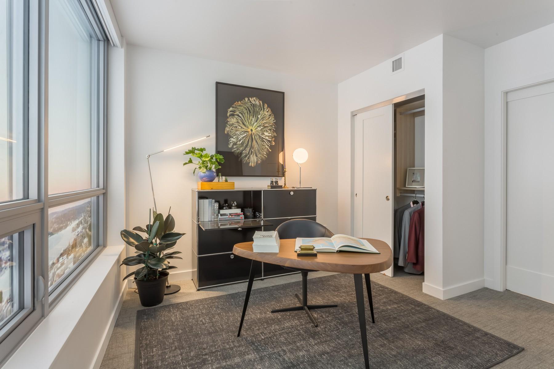 Additional photo for property listing at Nexus #3702 1200 Howell #3702 Seattle, Washington 98101 United States