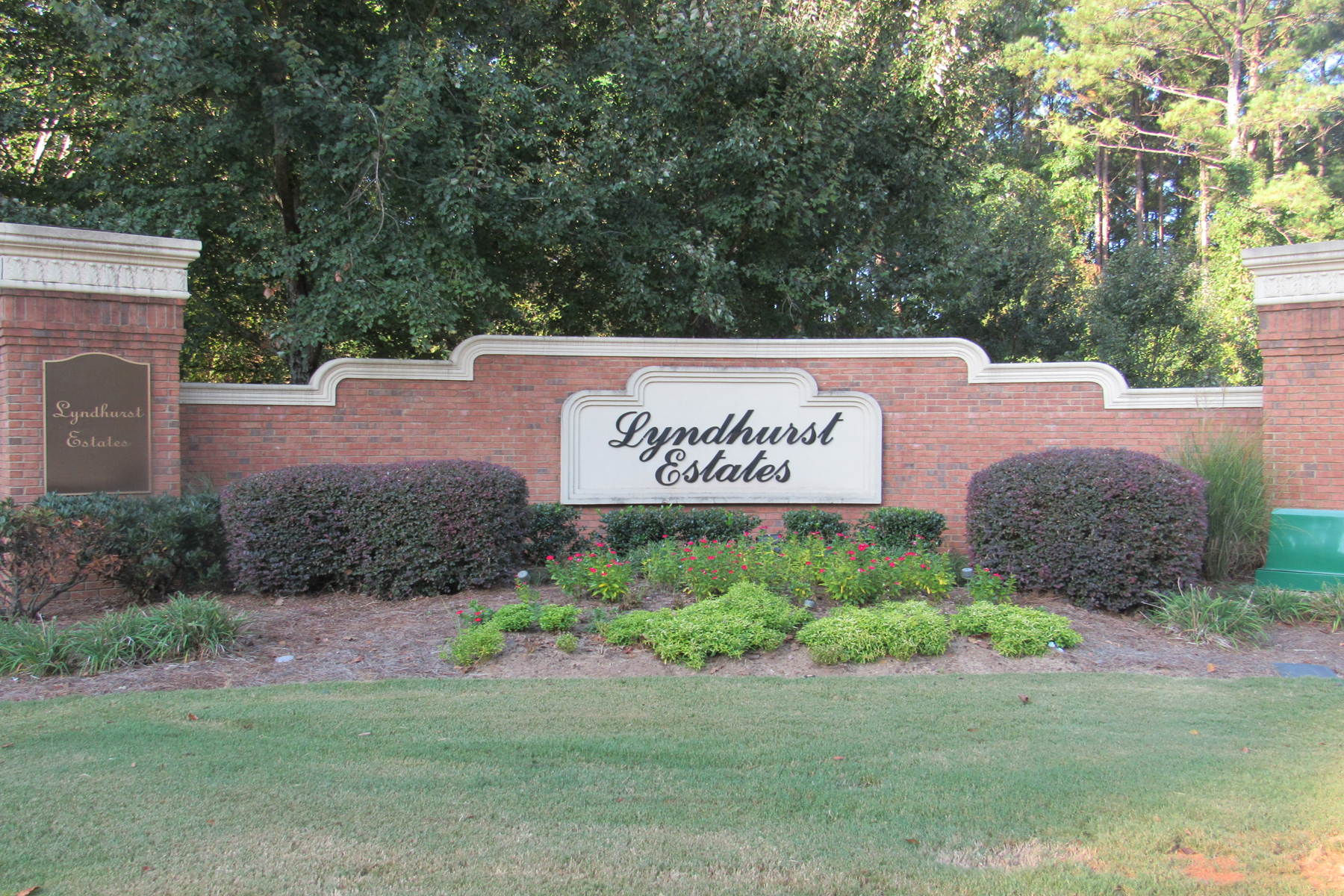 Land for Active at Estate Lot in Upscale Covington Neighborhood 140 Rosemont Parkway Covington, Georgia 30016 United States
