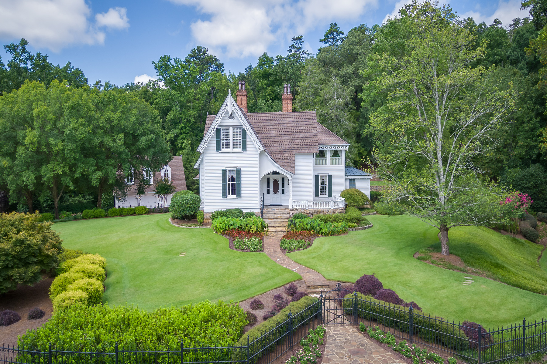 Farm / Ranch / Plantation للـ Sale في Private, Gated - One of the Most Exquisite Estates 316 Horseleg Creek Road SW, Rome, Georgia 30165 United States