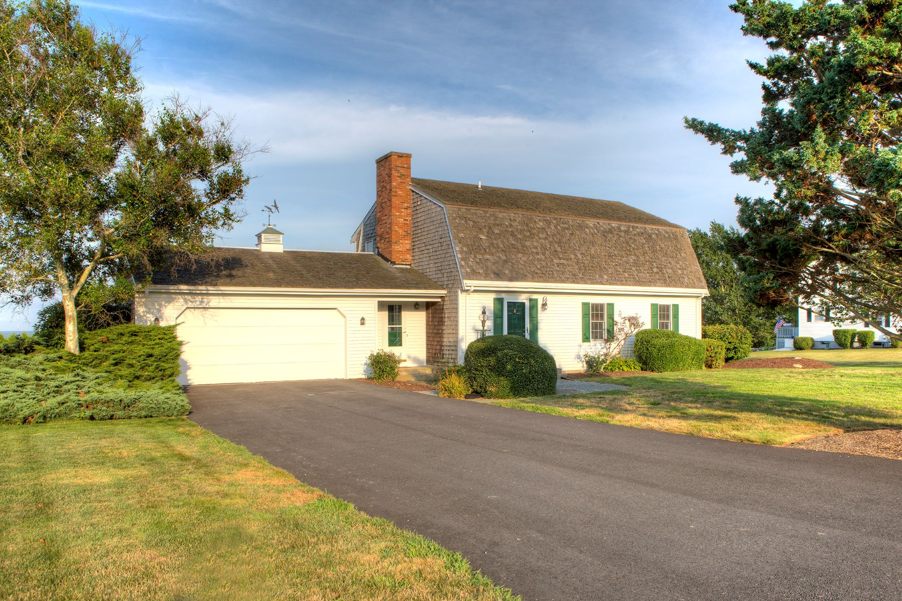 Additional photo for property listing at Sea Meadow Farm 34 Caiger Lane Portsmouth, Rhode Island 02871 United States