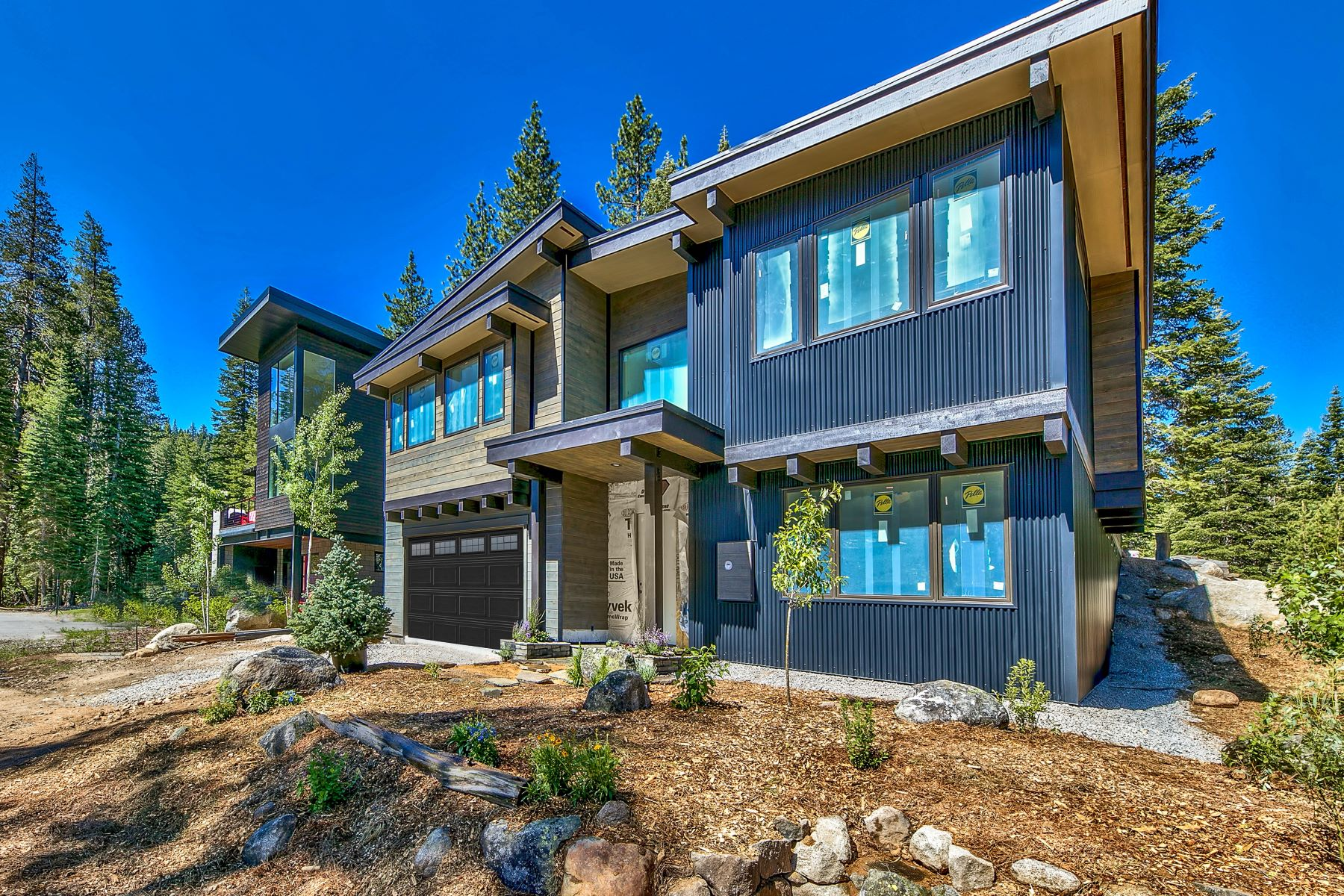 Single Family Homes for Active at Squaw Valley Mountain Modern 160 Smiley Circle Olympic Valley, California 96146 United States
