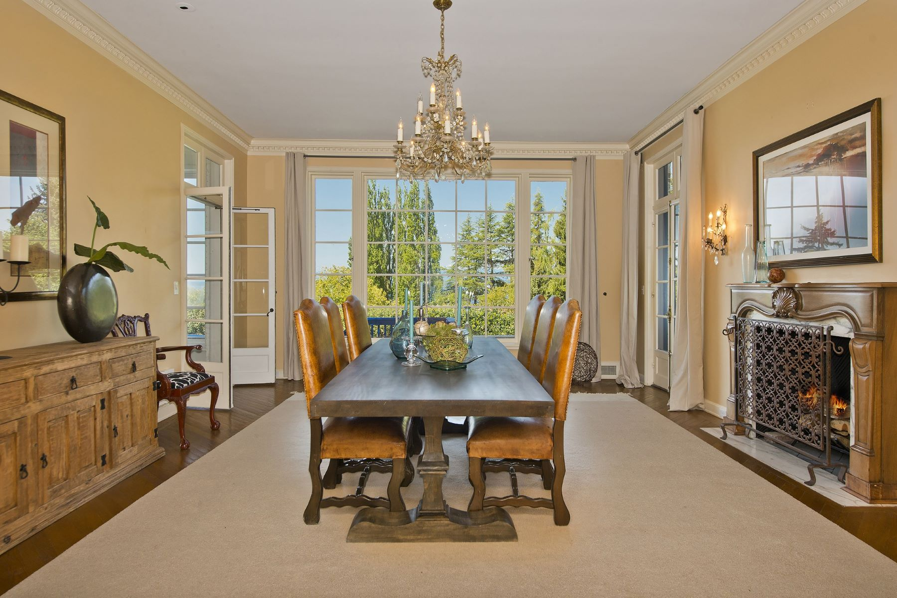 Additional photo for property listing at Bonnie Brook Estate 36 NW Cherry Loop Dr Seattle, Washington 98177 United States