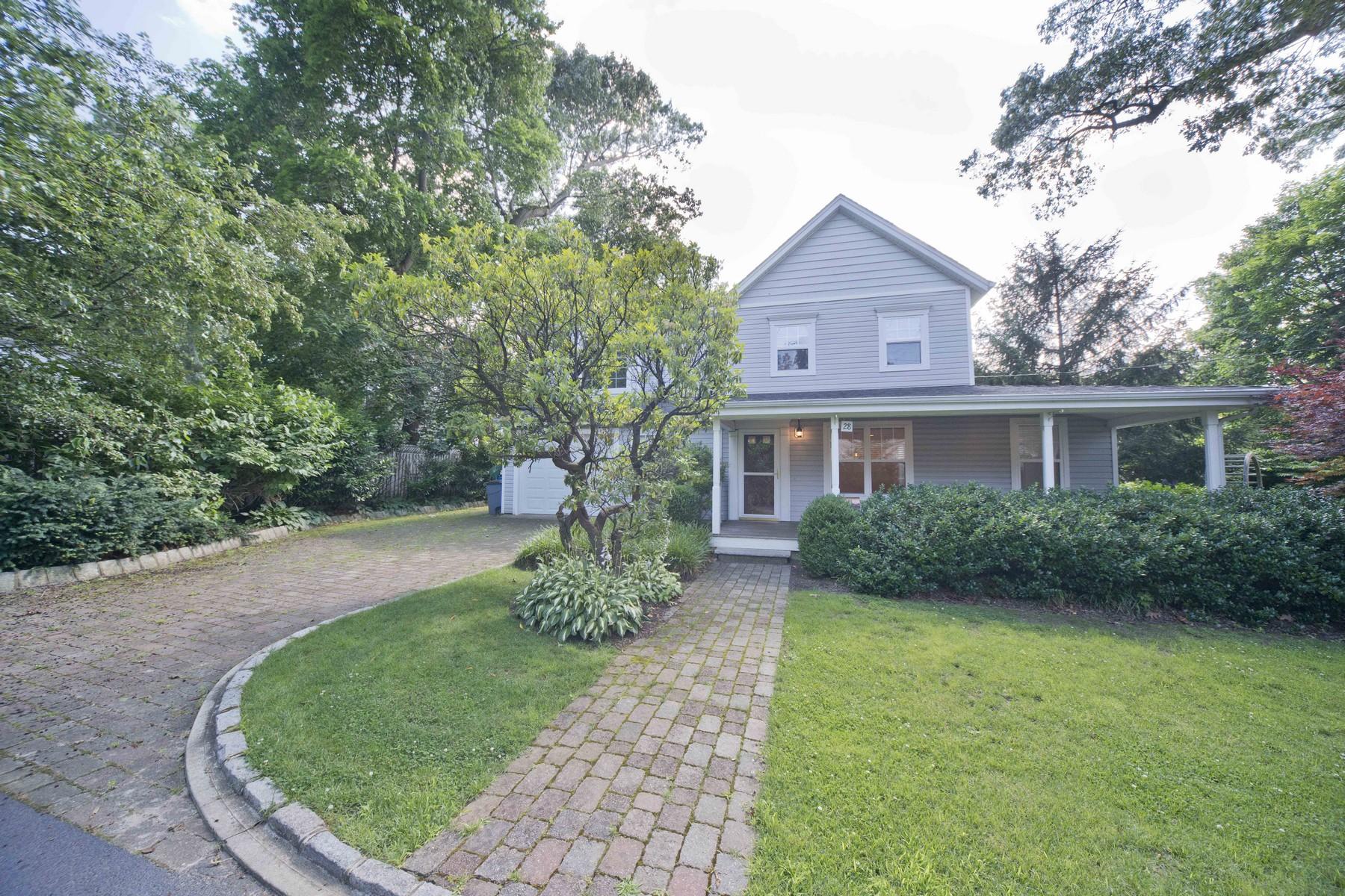 一戸建て のために 売買 アット 28 2nd Street Rumson, ニュージャージー, 07760 アメリカ合衆国