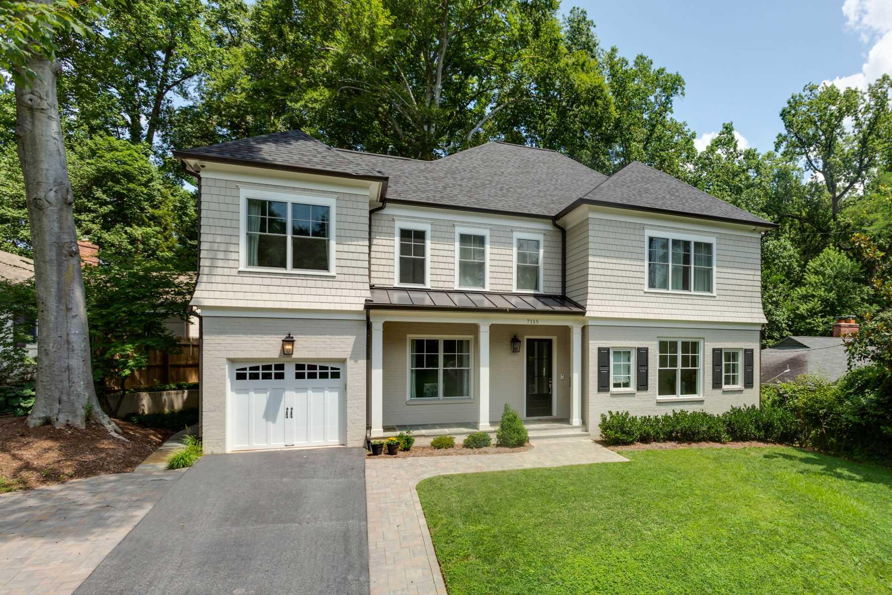 Single Family Homes por un Venta en 7115 Edgevale St Chevy Chase, Maryland 20815 Estados Unidos
