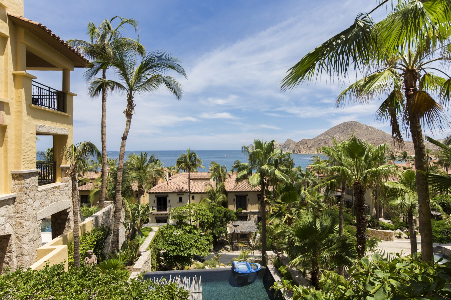 Additional photo for property listing at Collection 2204 Hacienda Beach Club and Residences Collection 2204 Cabo San Lucas, Baja California Sur 23453 Mexico
