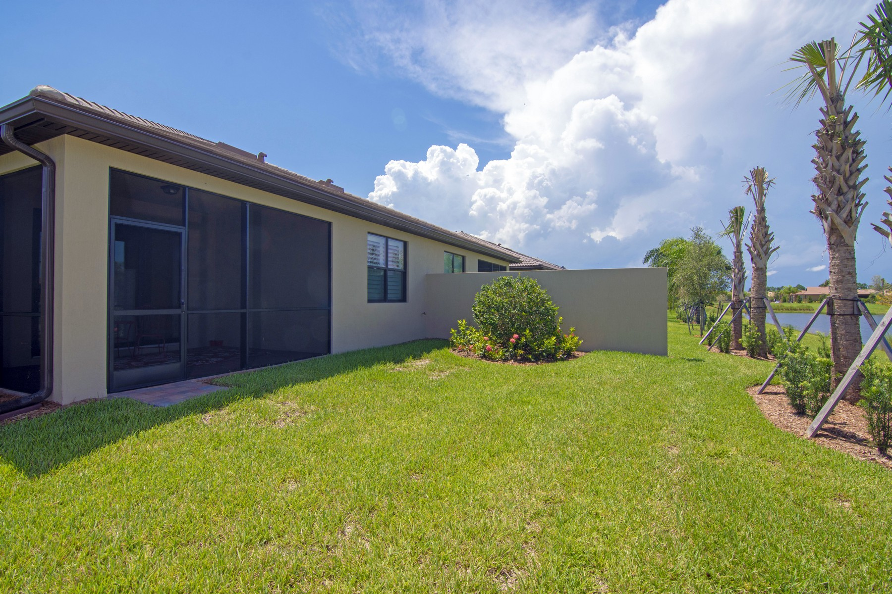 Additional photo for property listing at Built This Year in Hot New Community 4349 Beauty Leaf Circle Vero Beach, Florida 32967 United States