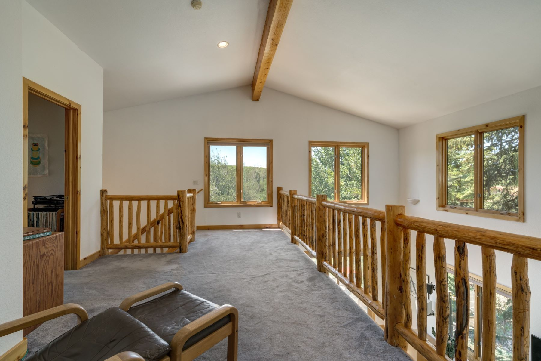 Additional photo for property listing at Refined Country Living 29465 Scrub Oak Path Steamboat Springs, Colorado 80487 United States