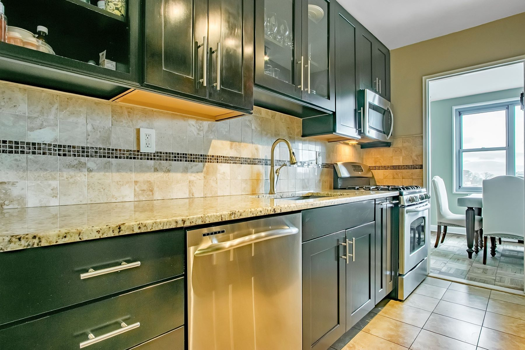 Co-op for Sale at Beautifully Renovated 2100 Linwood Ave 7S, Fort Lee, New Jersey 07024 United States