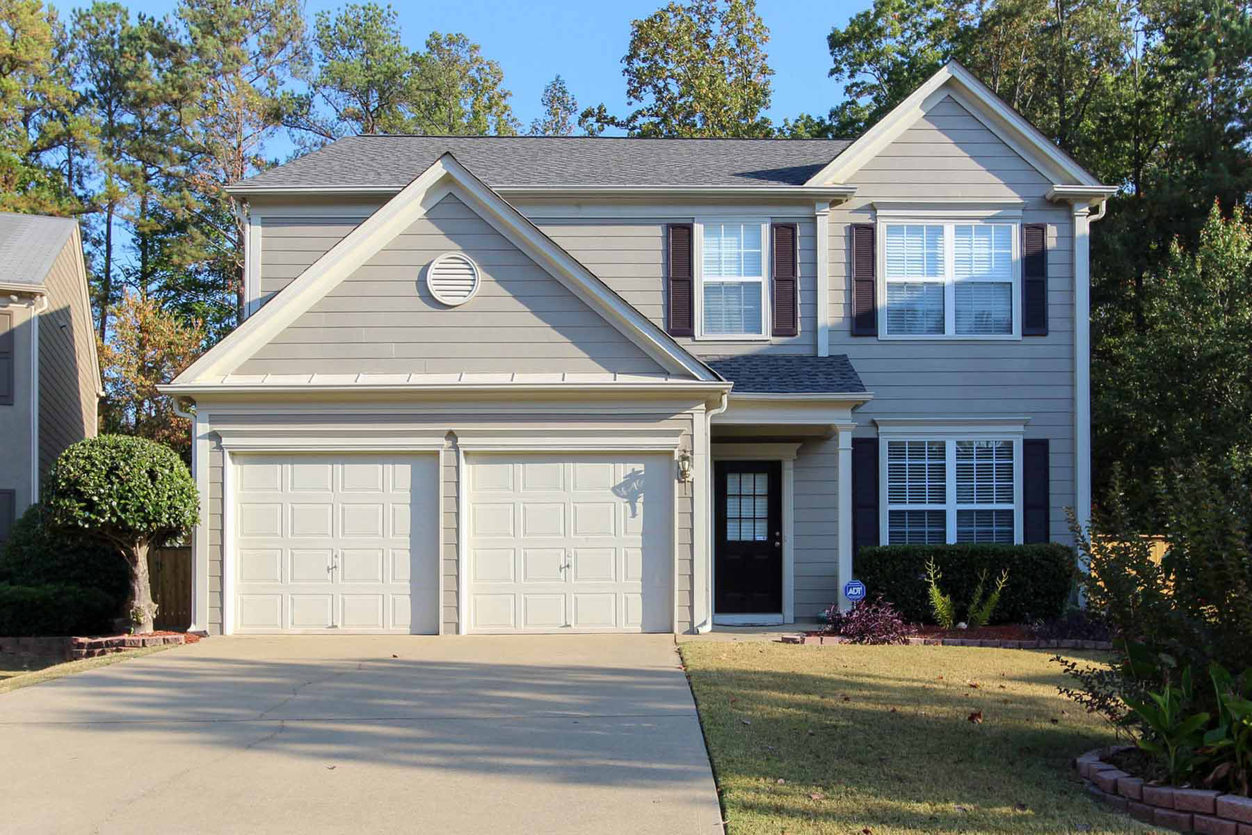 一戸建て のために 賃貸 アット Completely Updated With Private Fenced Backyard Near All Alpharetta Has To Offer 745 Soneley Court Milton, ジョージア 30004 アメリカ