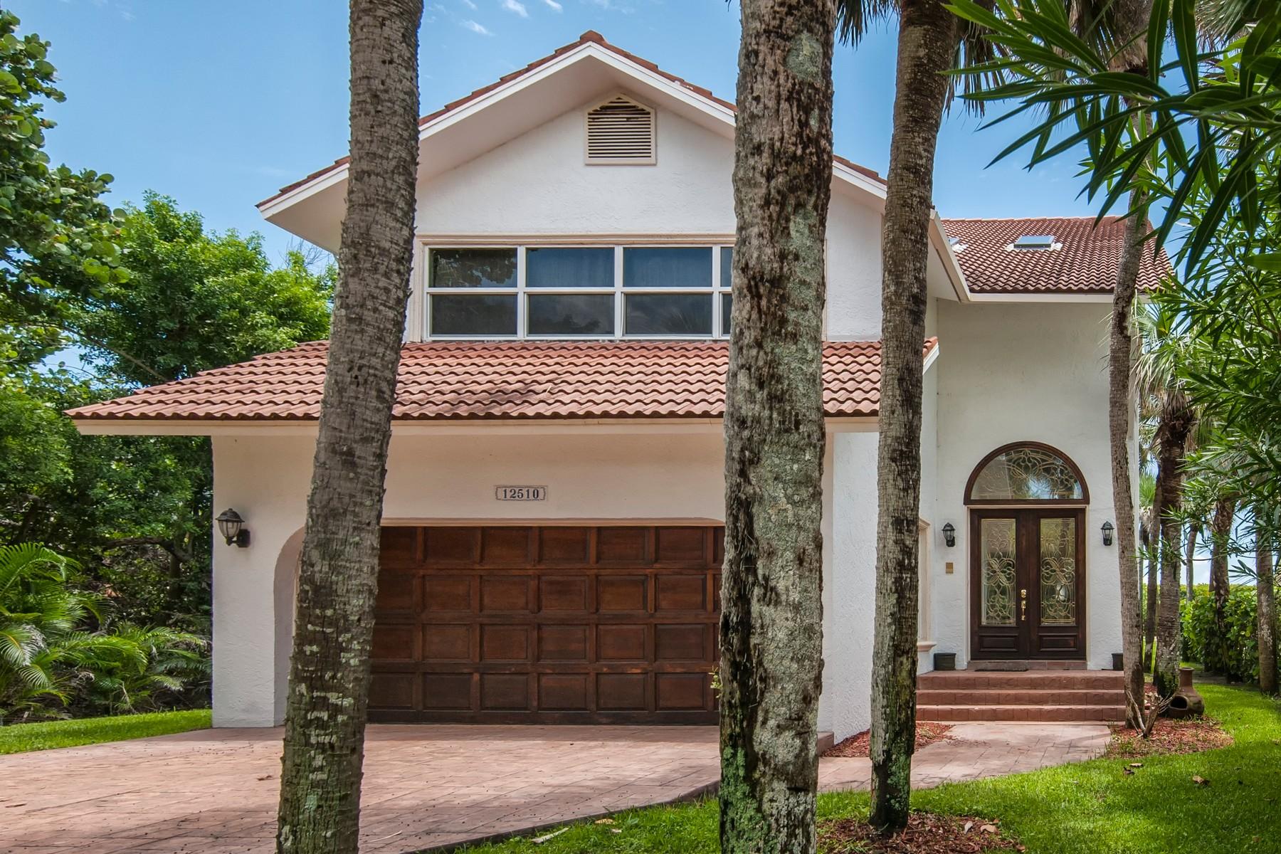 独户住宅 为 销售 在 Ideal Beach House! 12510 Highway A1A 维罗海滩, 佛罗里达州, 32963 美国