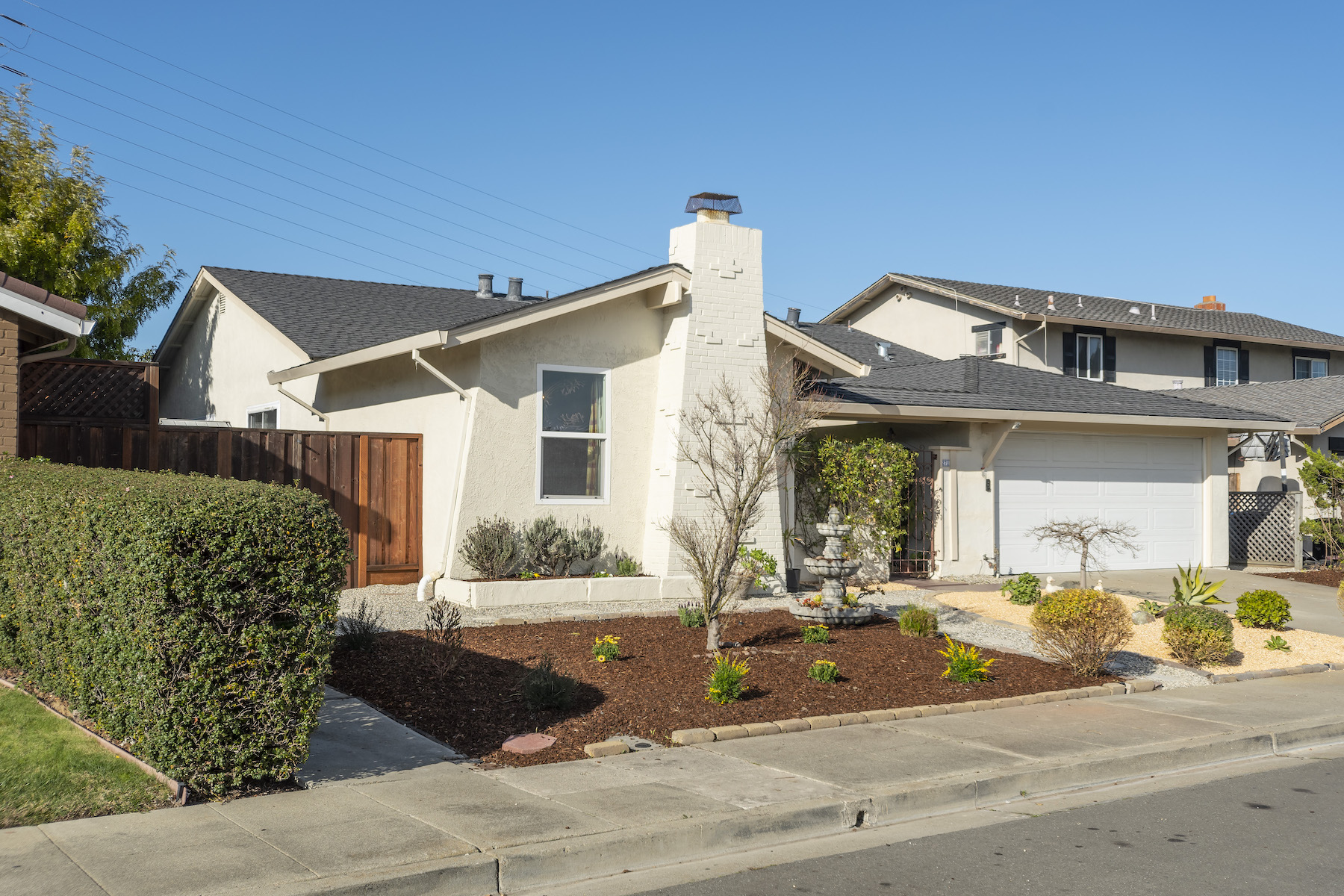 Single Family Home for Active at Warm and Inviting House in Foster City 271 Curlew Court Foster City, California 94404 United States