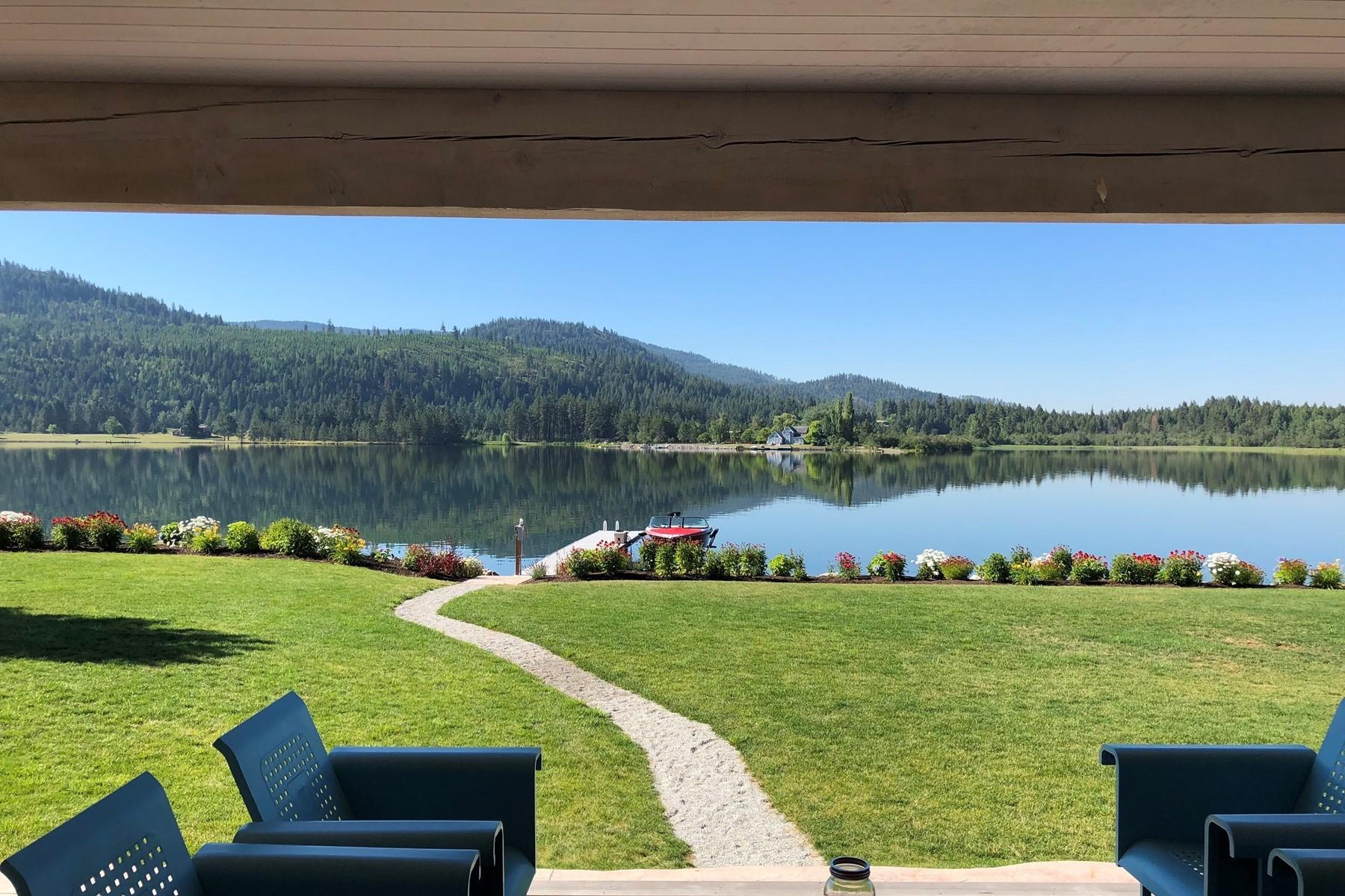Single Family Homes للـ Sale في Riverfront Craftsman Home 645 River Run Drive, Priest River, Idaho 83856 United States