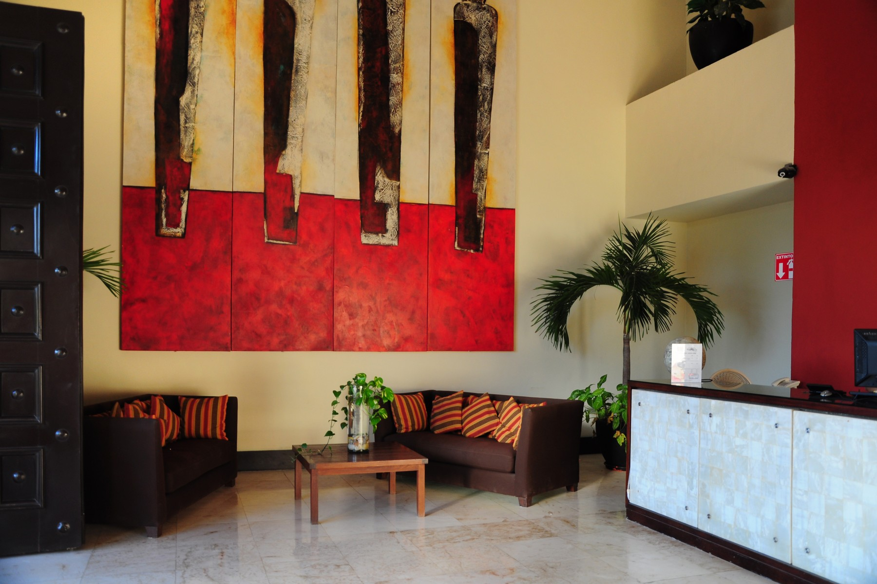 Additional photo for property listing at PUEBLITO ESCONDIDO CON UBICACIÓN PRIVILEGIADA Pueblito Escondido privileged location Lote 2 Mza 8 SM 0, calle treinta y ocho norte Playa Del Carmen, Quintana Roo 77710 México