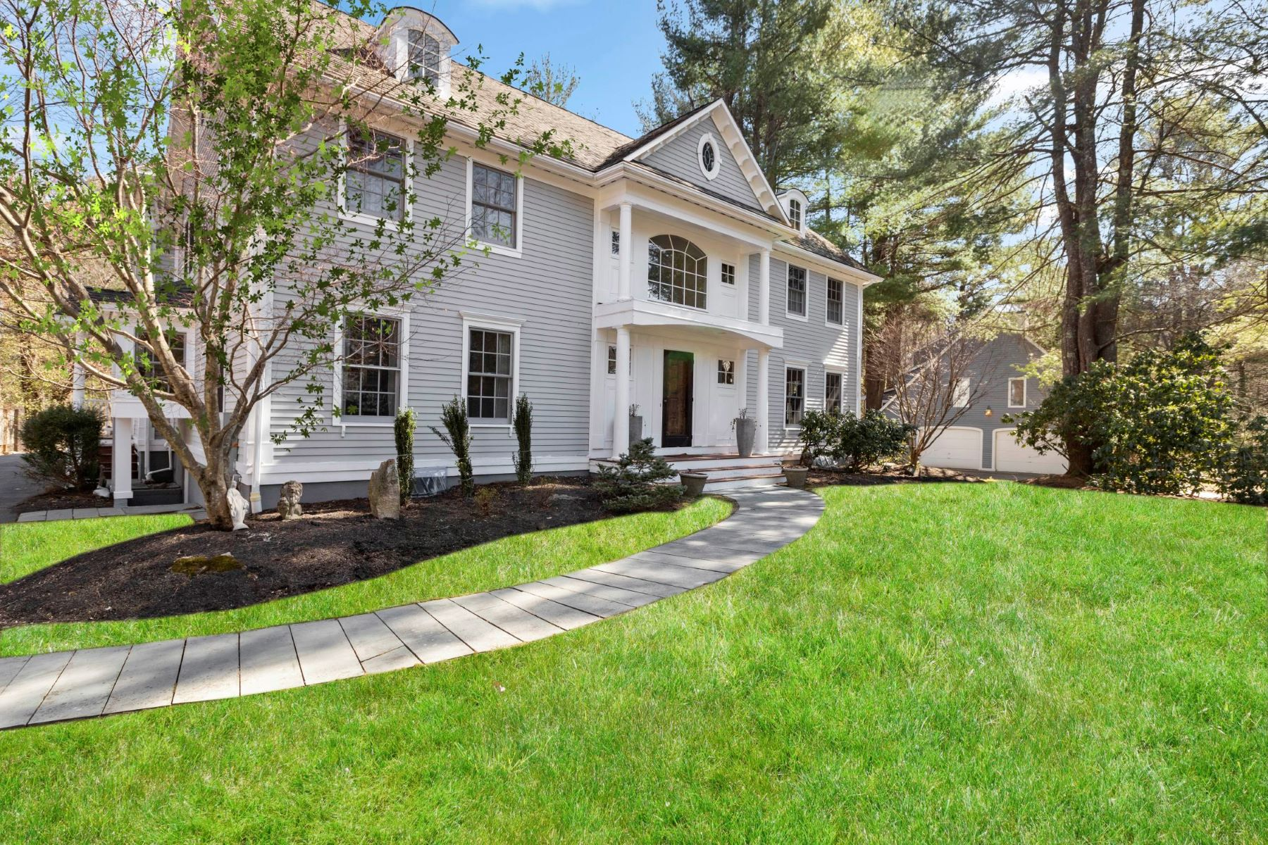 Single Family Homes por un Venta en 302 Grove Street Wellesley, Massachusetts 02482 Estados Unidos