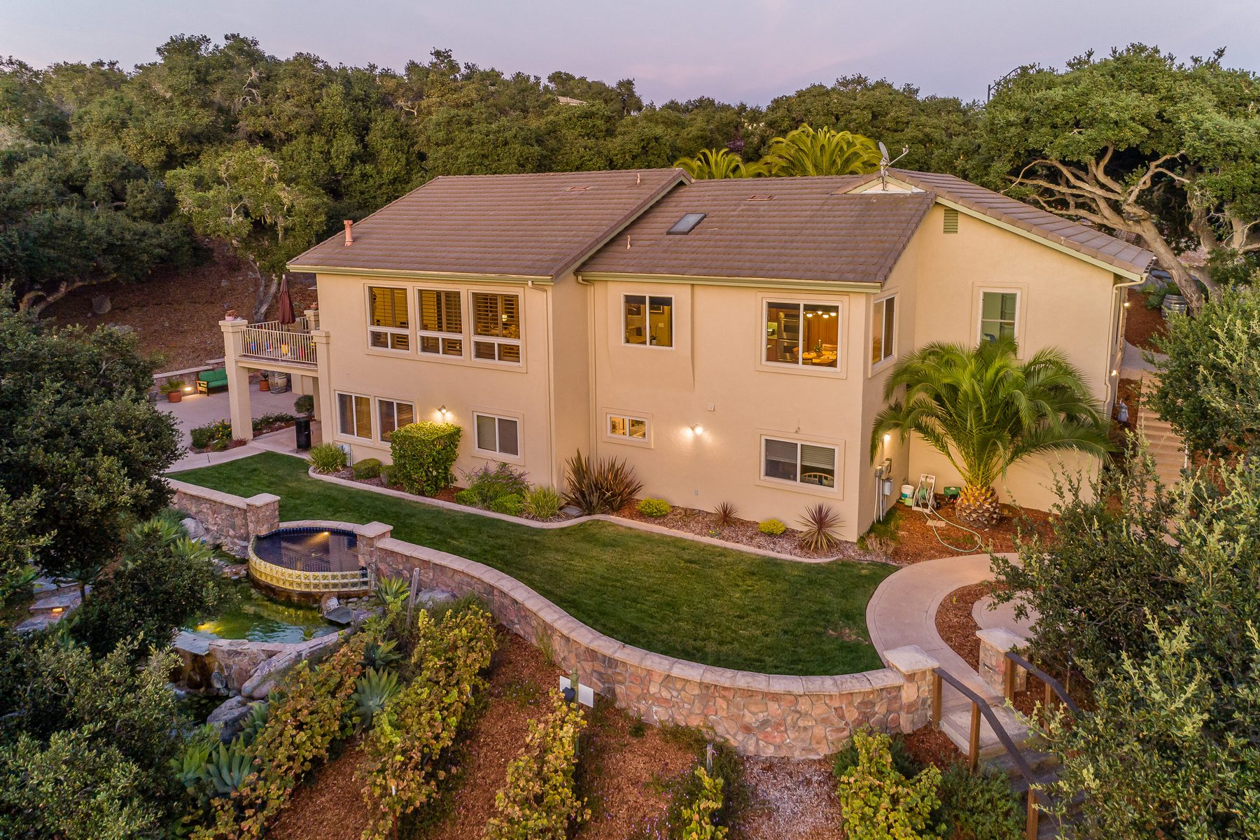 Single Family Homes for Sale at Private escape with Boutique Vineyard 575 Jenny Place Arroyo Grande, California 93420 United States