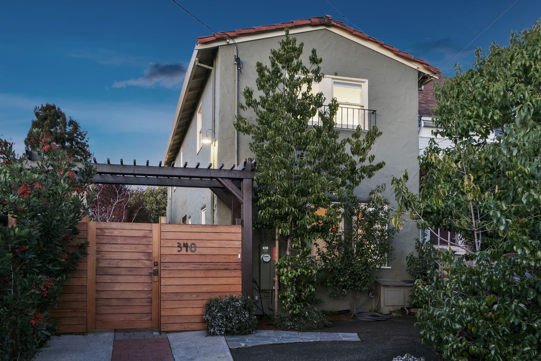 Single Family Homes for Sale at Urban Retreat In Temescal 340 45th Street Oakland, California 94609 United States