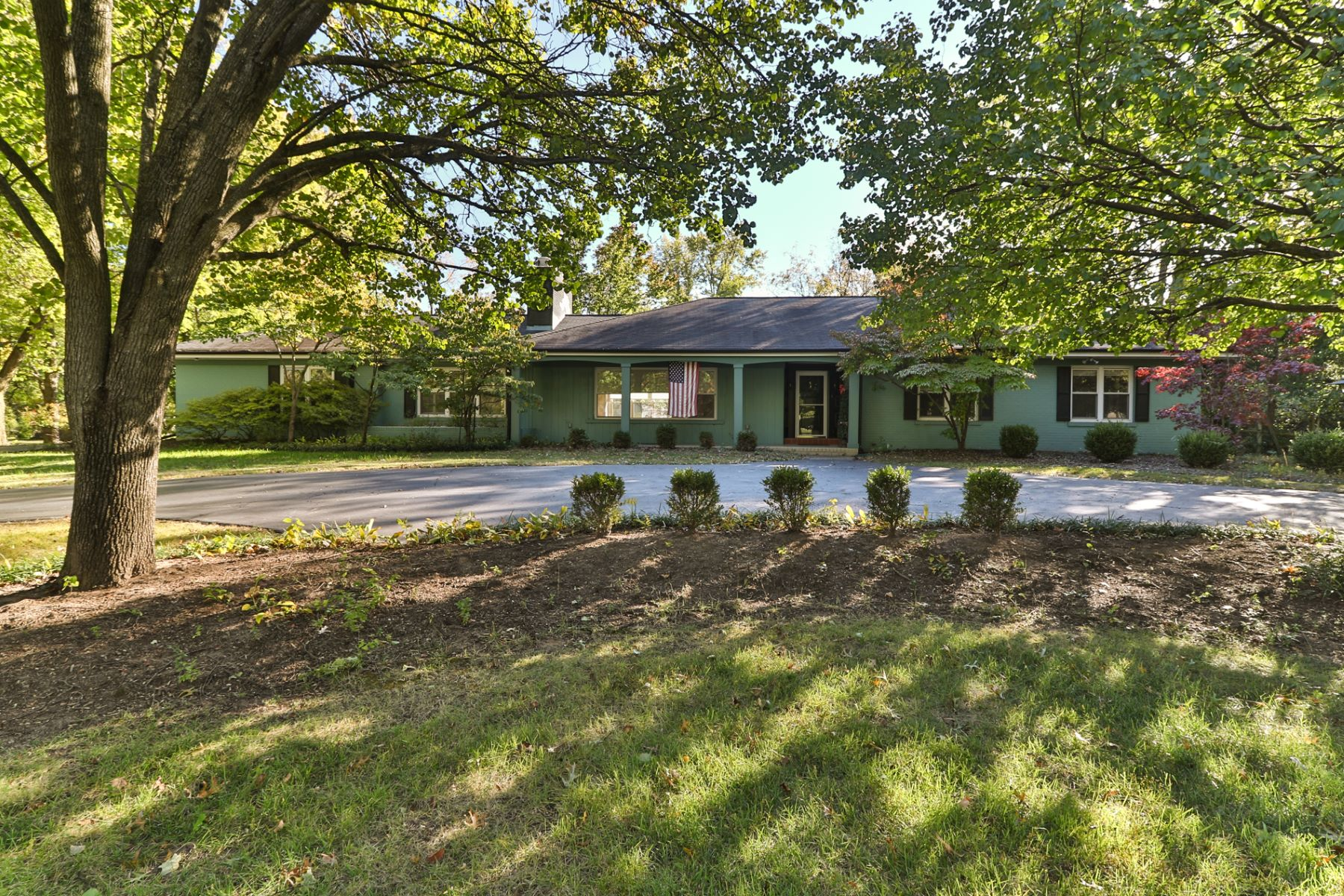 Single Family Home for Sale at Clayton Rd 11600 Clayton Road St. Louis, Missouri 63131 United States