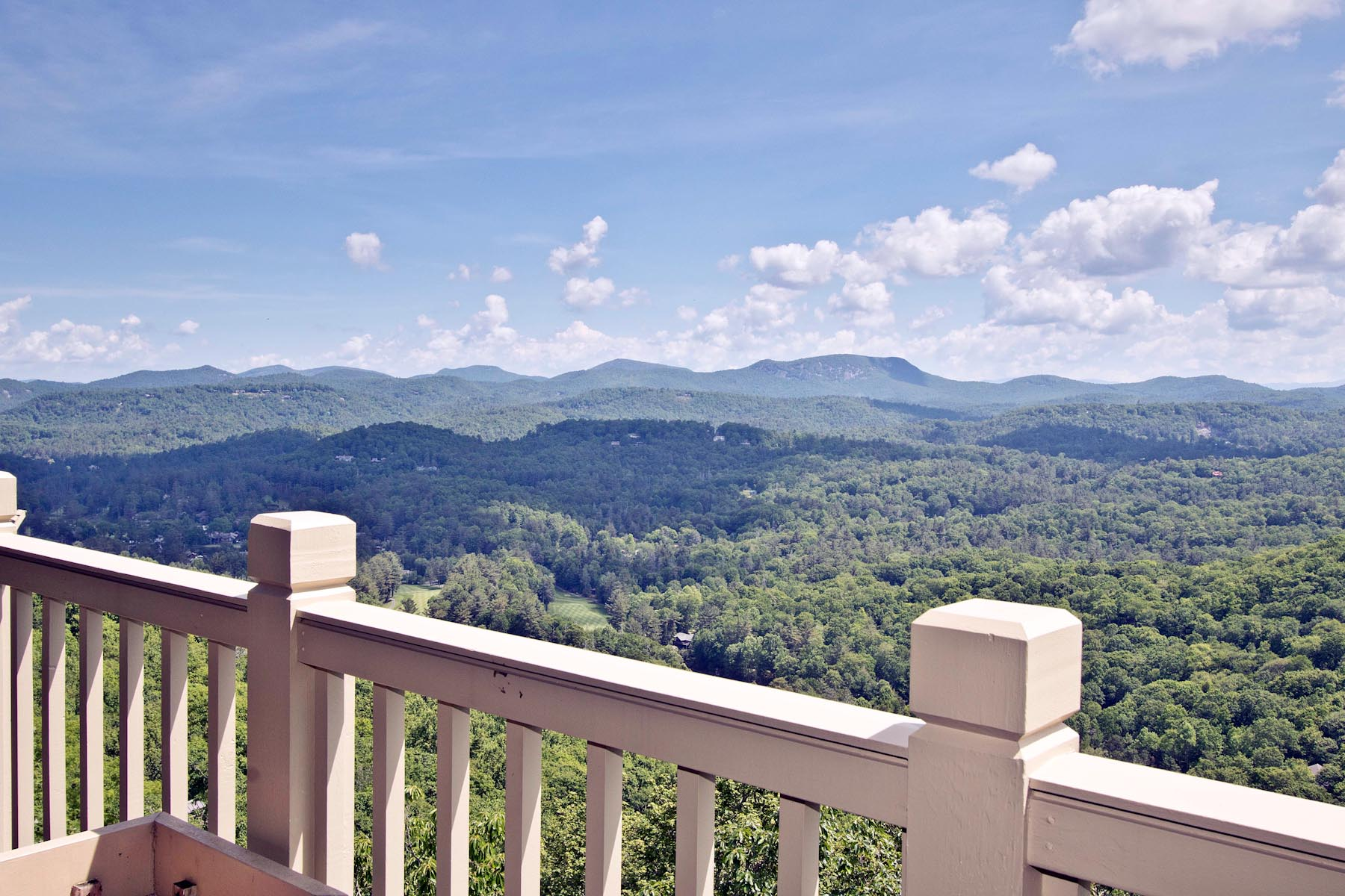 Single Family Home for Sale at 289 Upper Brushy Face Highlands, North Carolina, 28741 United States
