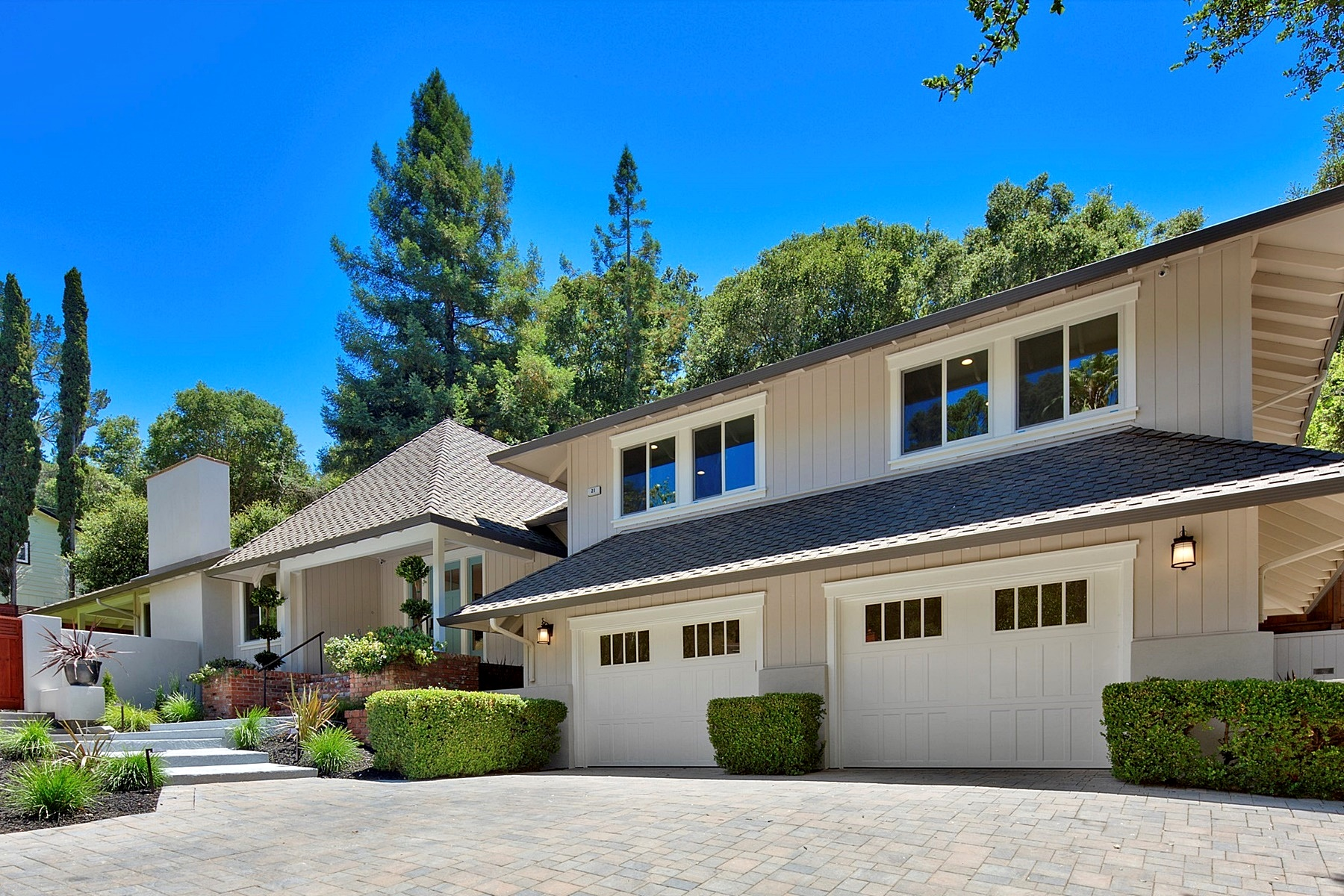 واحد منزل الأسرة للـ Sale في Complete High-End Remodel 21 Moraga Via Orinda, California, 94563 United States