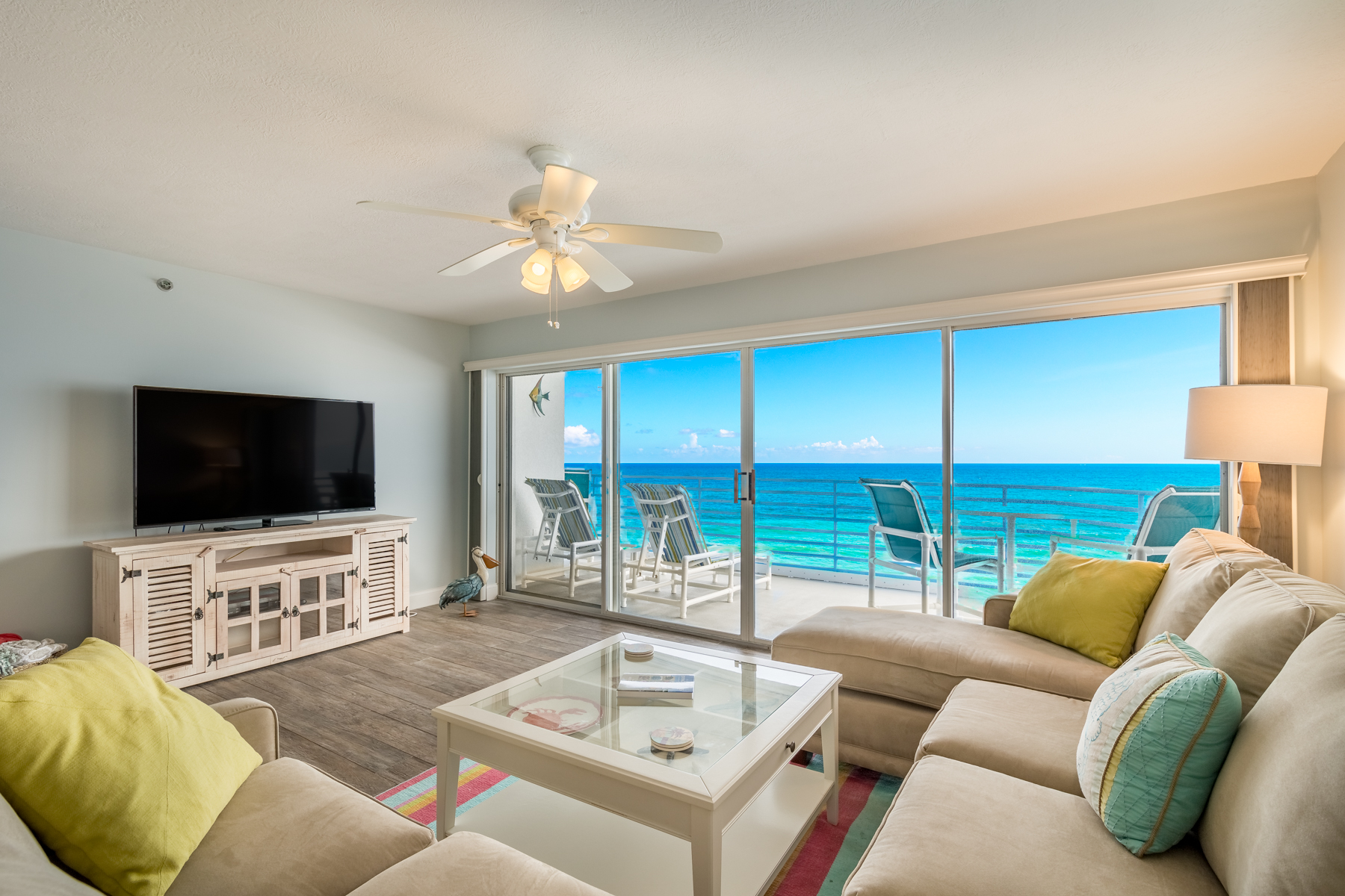 Additional photo for property listing at Gorgeous Oceanfront 6th Floor Villa in Monaco 579 Highway A1A #602 Satellite Beach, Florida 32937 United States