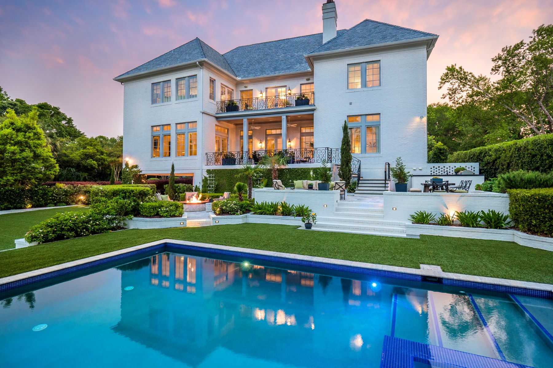Single Family Home for Sale at Luxury Waterfront Home in Private Gated Community 813 Howes Point Place Wilmington, North Carolina 28405 United States
