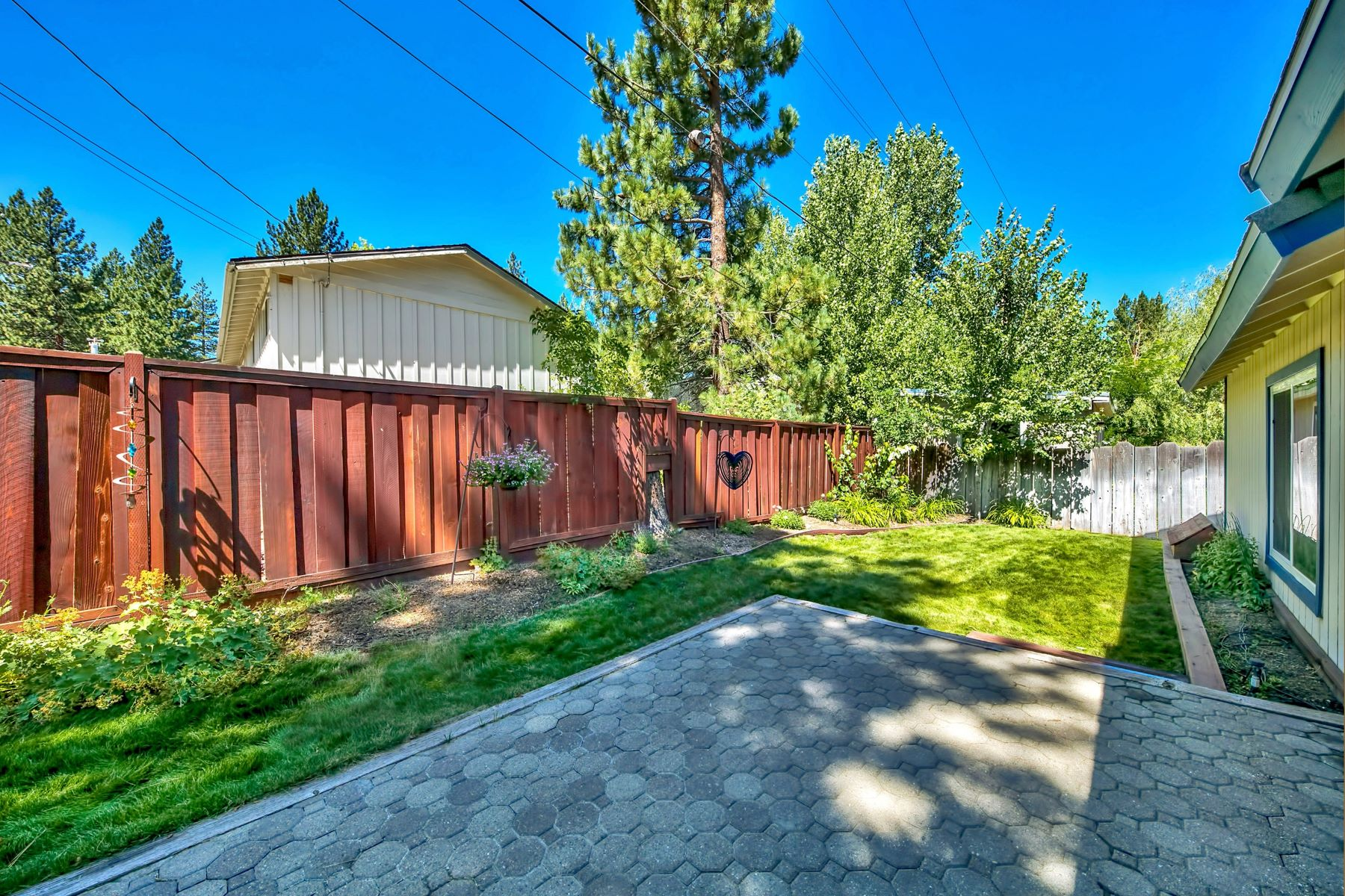 Additional photo for property listing at 1234 Jobs Peak Dr,South Lake Tahoe, CA  96150 1234 Jobs Peak Dr 南太浩湖, 加利福尼亚州 96150 美国