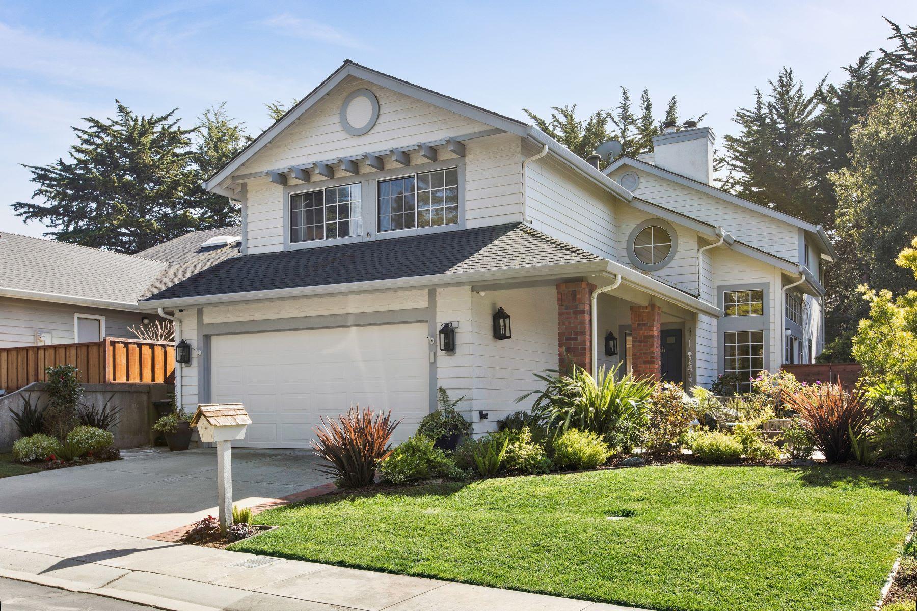 Single Family Homes para Venda às Bright and Private Zen Home 80 River Oaks Road, Half Moon Bay, Califórnia 94019 Estados Unidos