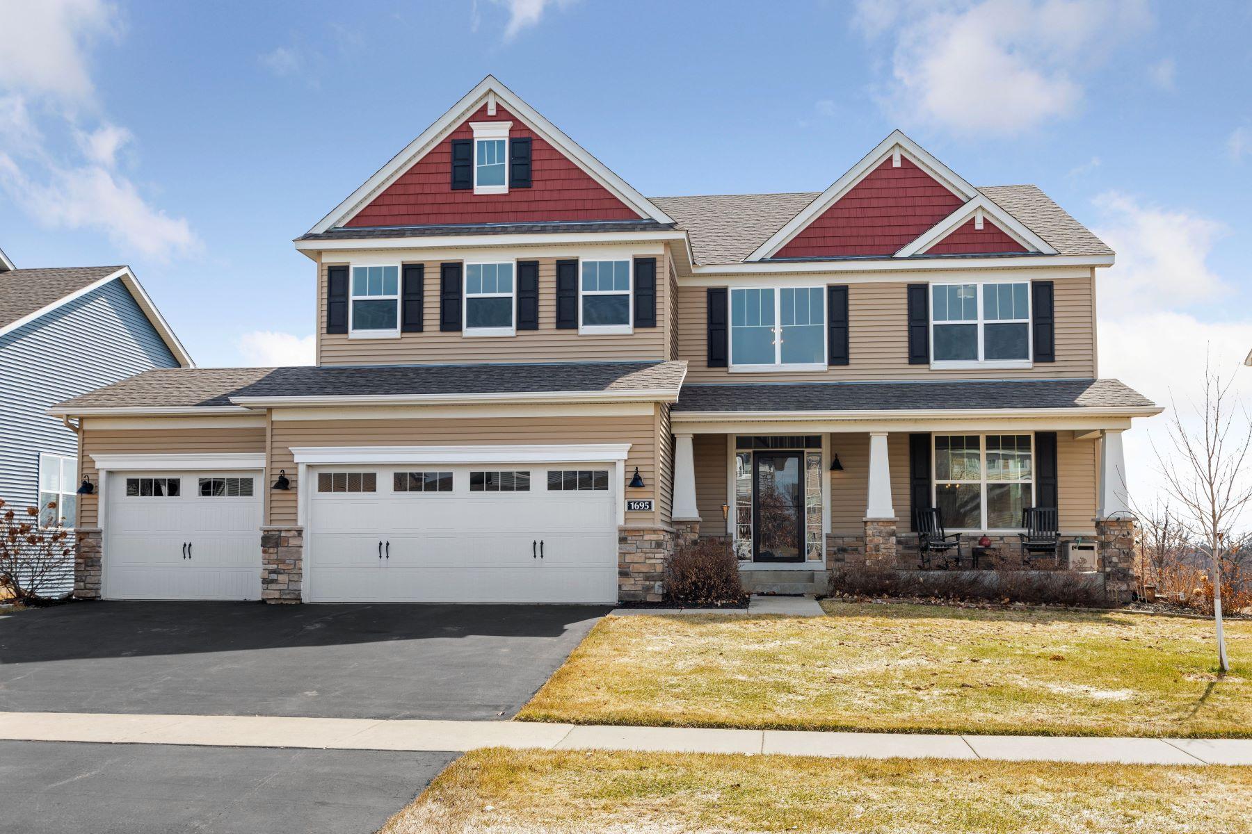Single Family Homes für Verkauf beim Chanhassen, Minnesota 55317 Vereinigte Staaten