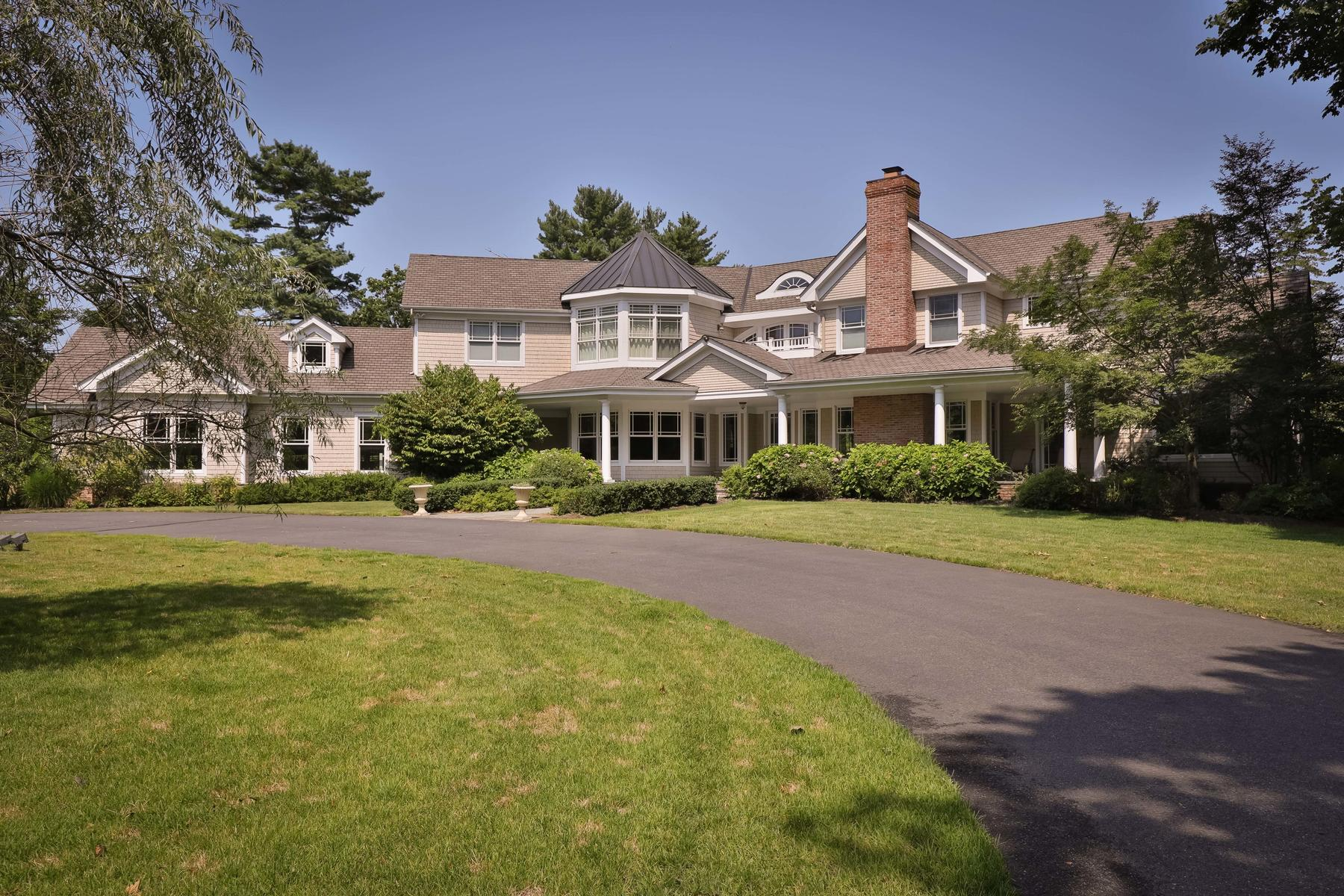 Single Family Homes for Sale at Custom Colonial in Rumson 90 Rumson Road Rumson, New Jersey 07760 United States