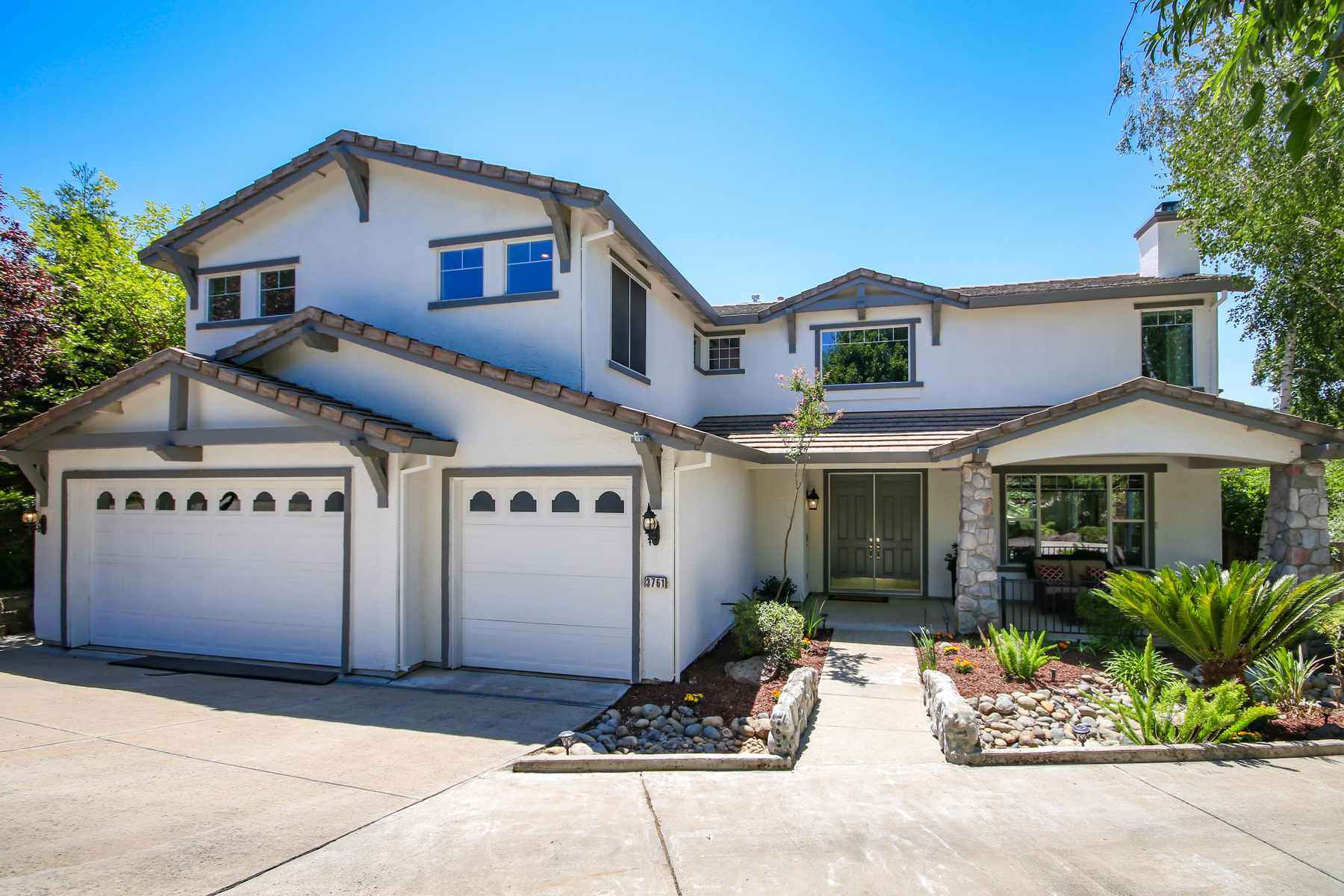 Single Family Homes for Sale at 3761 Jennieke Ct,, Rocklin, CA 95765 3761 Jennieke Ct. Rocklin, California 95765 United States