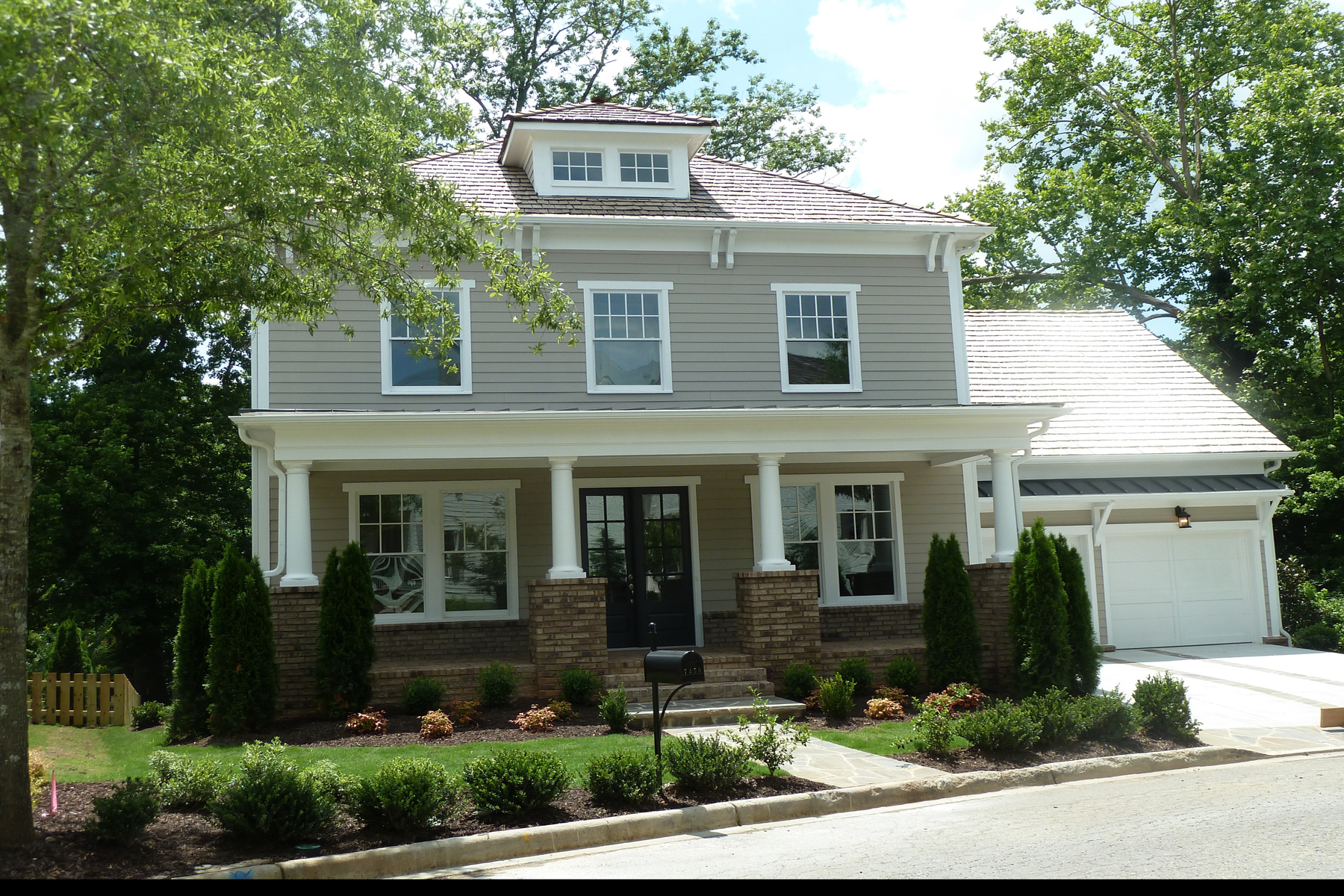 Eensgezinswoning voor Huren op Enjoy Vickery Life in Forsyth County's Most Popular Work Play Neighborhood. 7450 Samples Field Road Cumming, Georgië 30040 Verenigde Staten