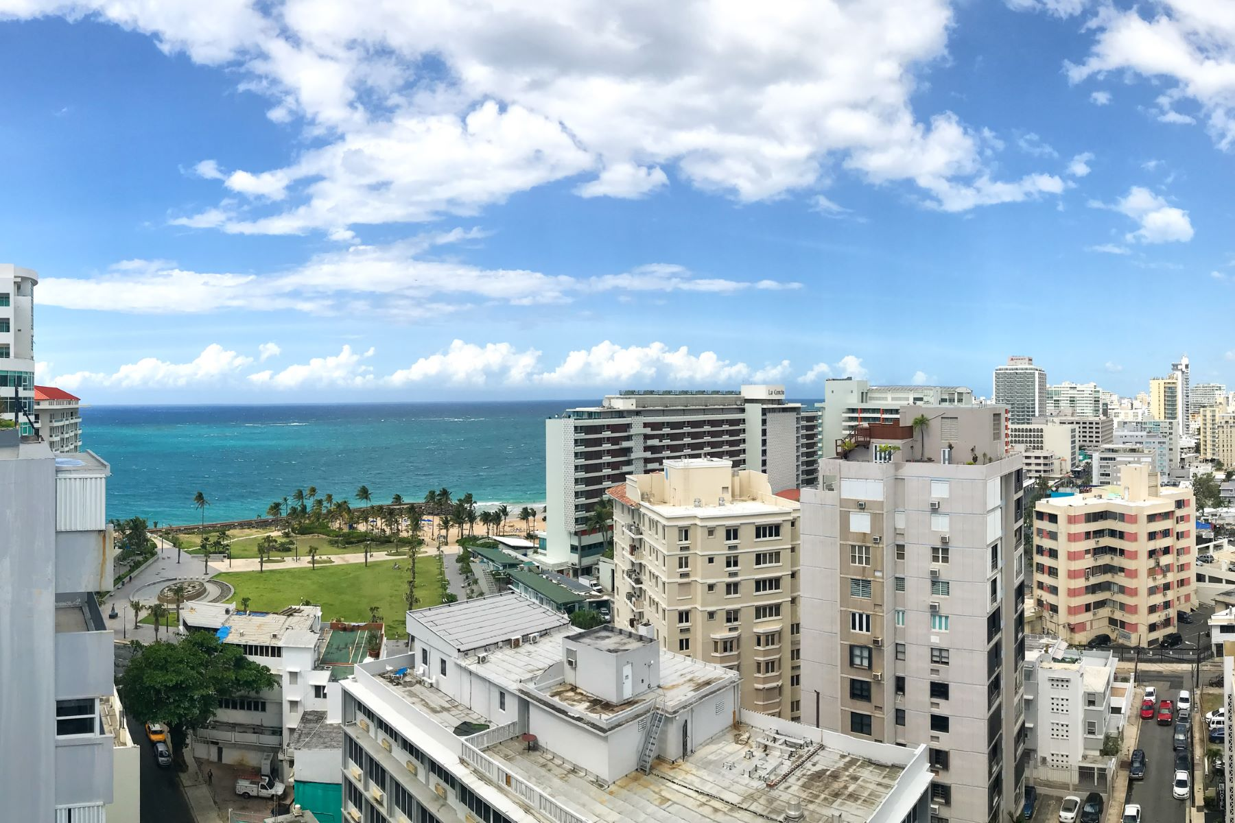 Additional photo for property listing at Duplex PH in the Heart of Condado Beach 6 Calle Joffre PHA San Juan, 00907 Puerto Rico