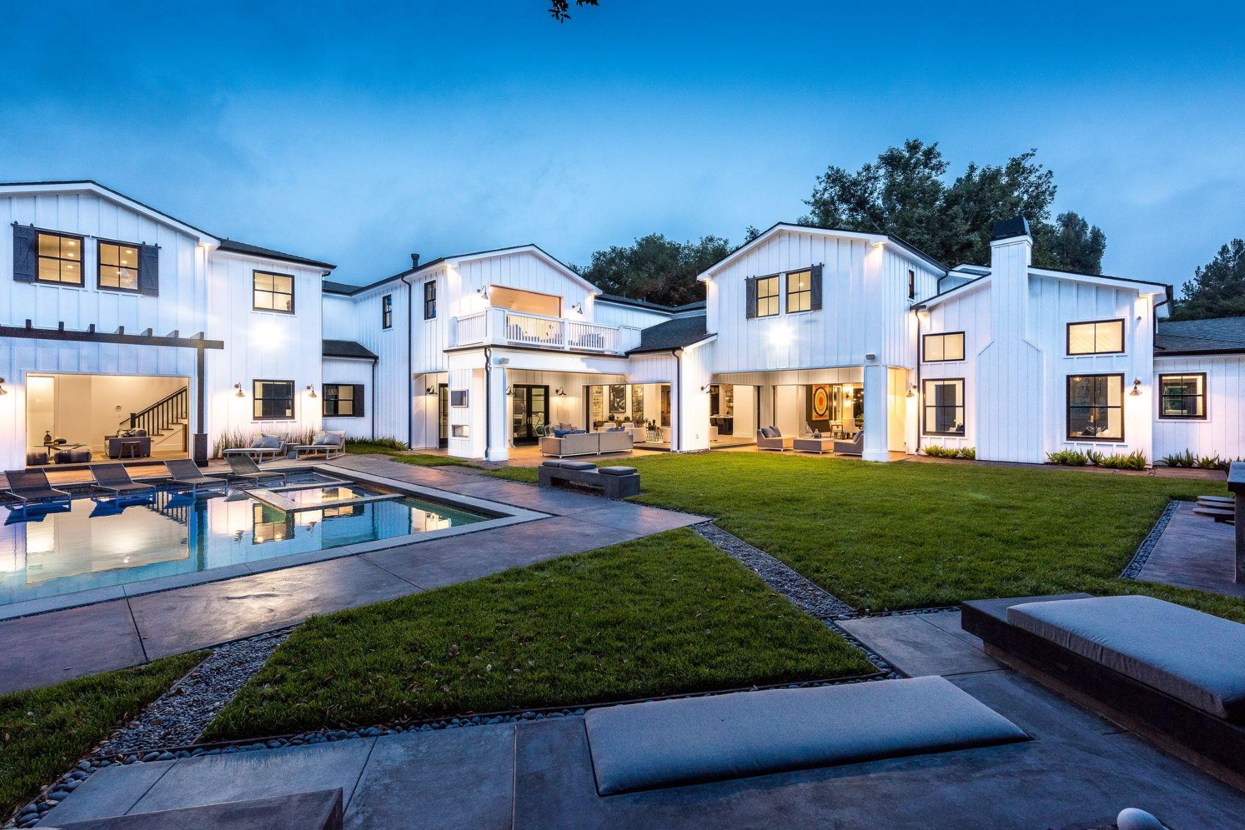 Villa per Vendita alle ore 15711 Royal Oak Rd Encino, California, 91436 Stati Uniti