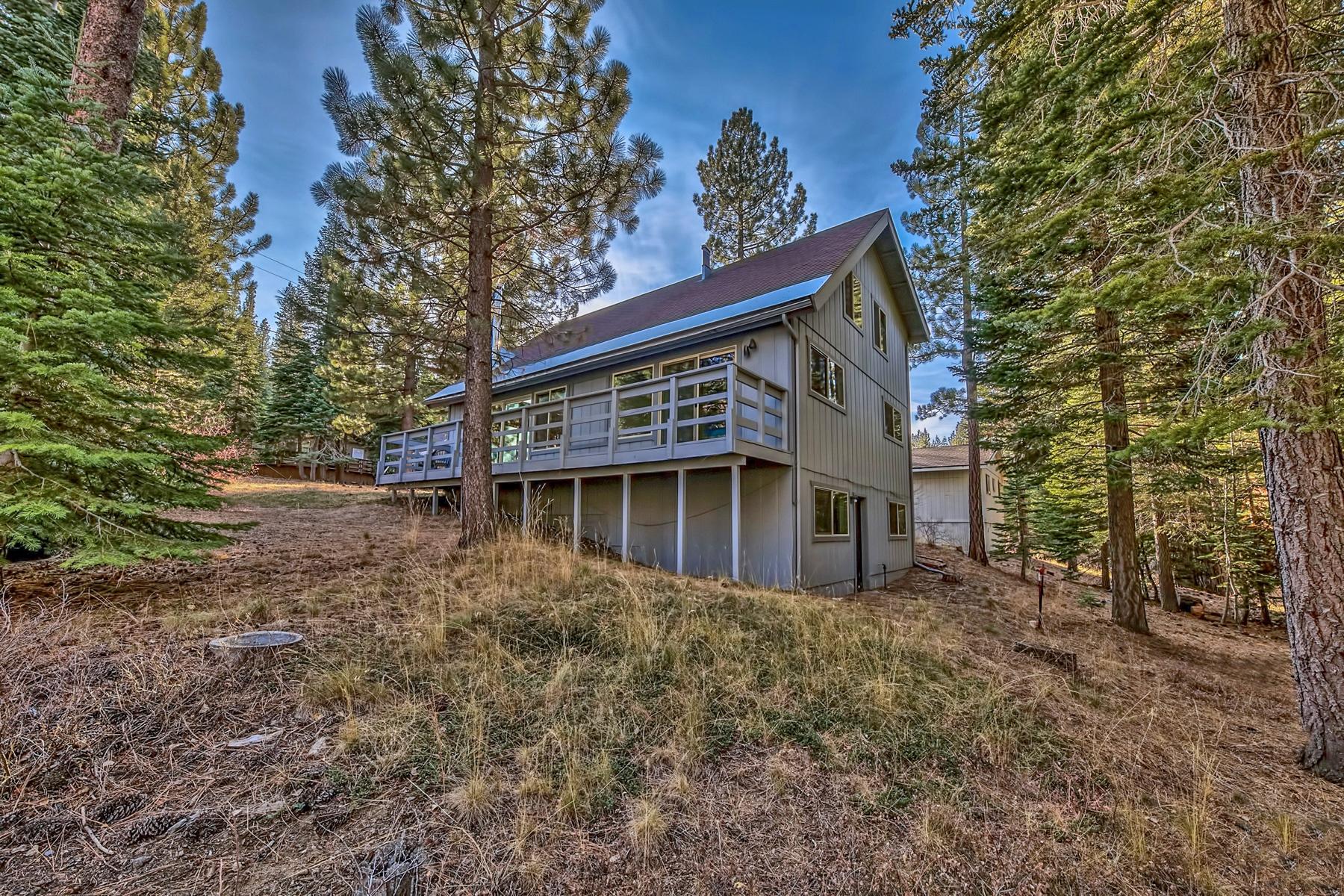 Additional photo for property listing at 1475 Vanderhoof Road, South Lake Tahoe, Ca 96150 1475 Vanderhoof Road South Lake Tahoe, California 96150 United States