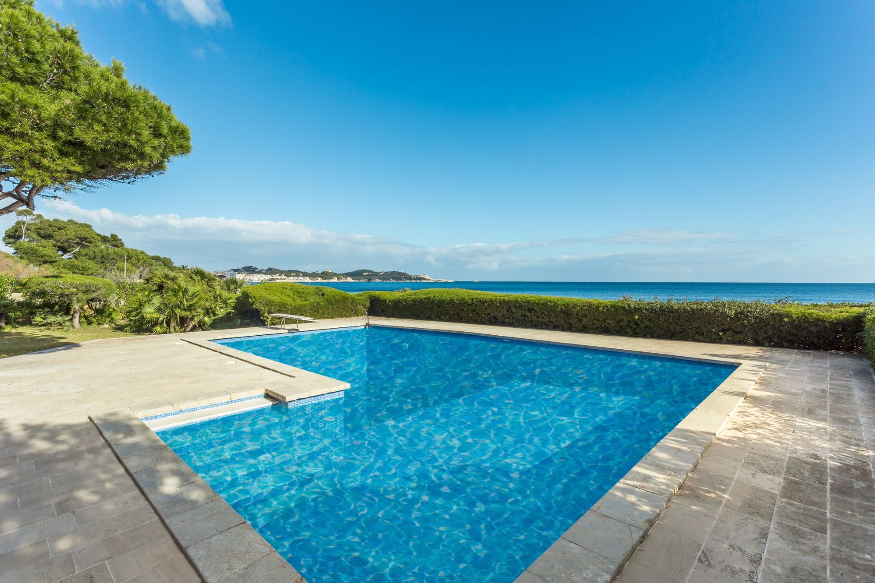 Single Family Home for Sale at Elegant first line villa with access to the sea Capdepera, Mallorca, Spain