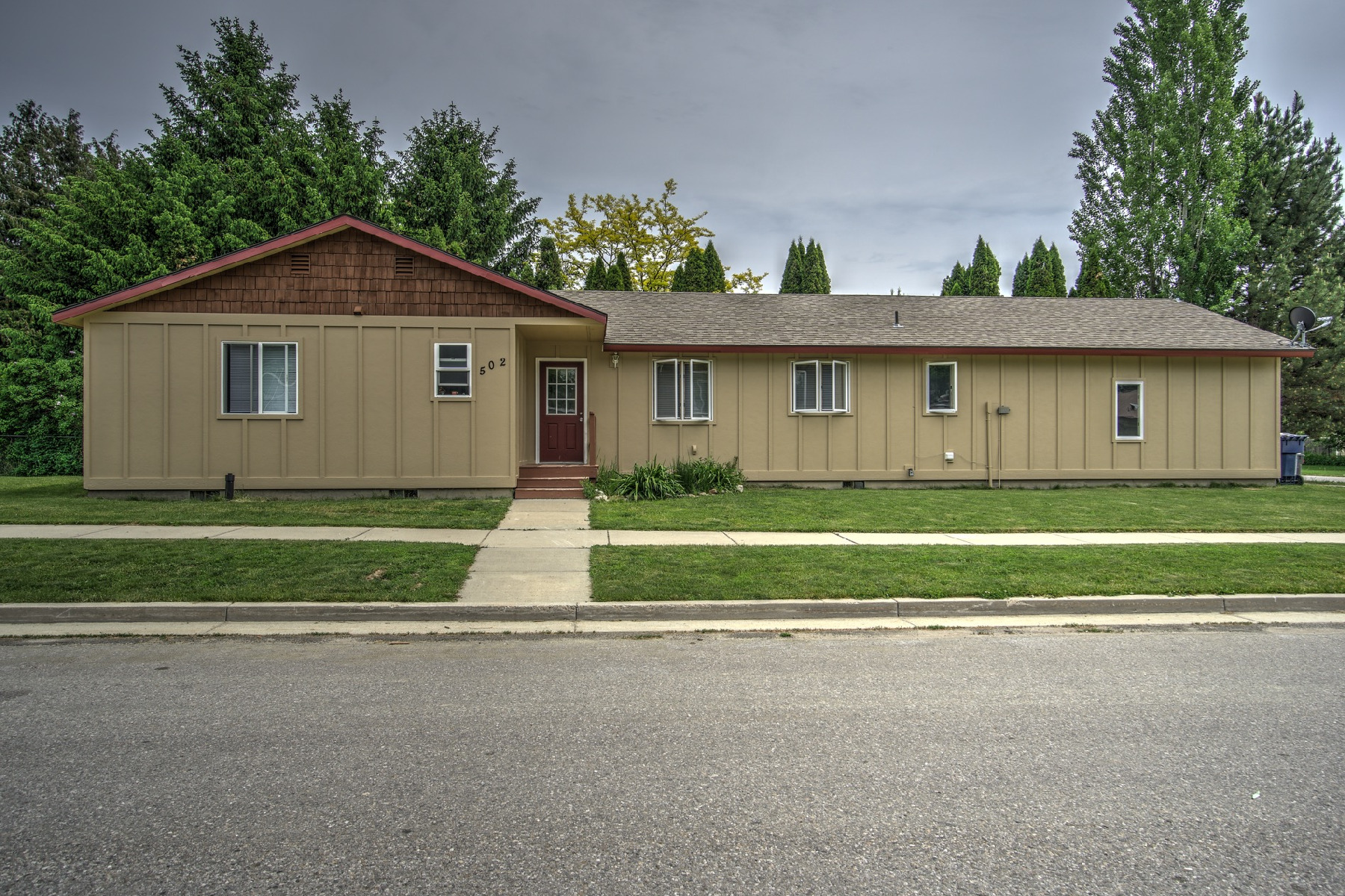 Single Family Home for Sale at Fantastic Find in Sandpoint Idaho 502 N Jefferson Ave Sandpoint, Idaho, 83864 United States