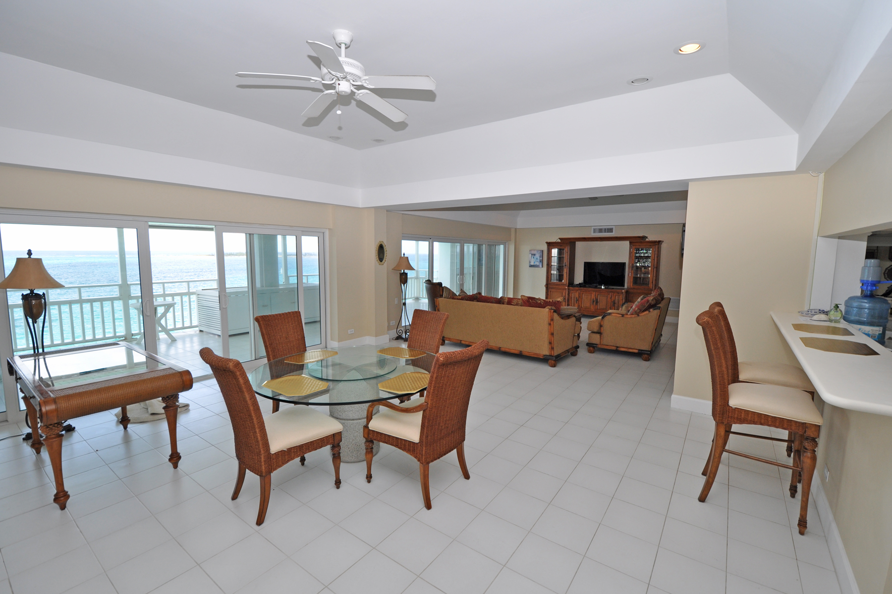 Additional photo for property listing at Conchrest Penthouse Cable Beach, 新普罗维登斯/拿骚 巴哈马