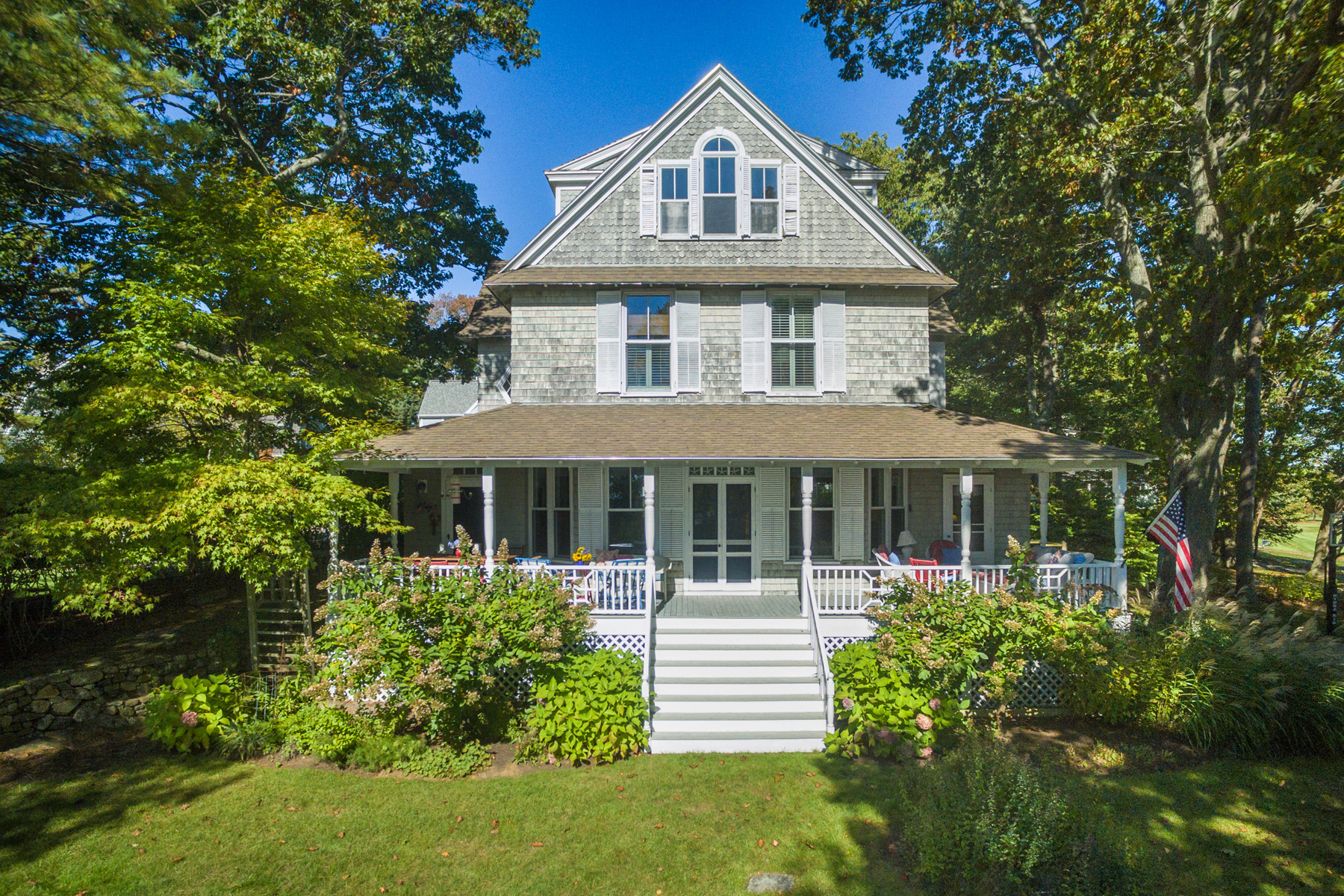 Single Family Home for Sale at 10 Oak Street 10 Oak Street Kennebunk, Maine 04043 United States