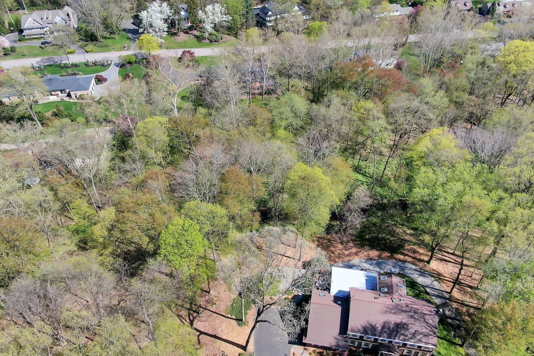 土地,用地 为 销售 在 Fabulous Opportunity 1 Fox Run 凯尤斯, 新泽西州 07423 美国