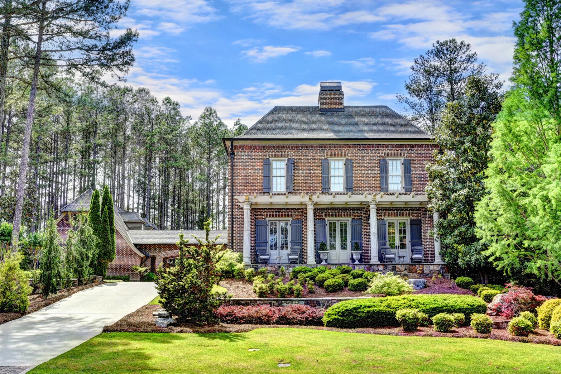 独户住宅 为 销售 在 French Inspired Modern Elegance 839 Middle Fork Trail 萨沃尼, 乔治亚州, 30024 美国