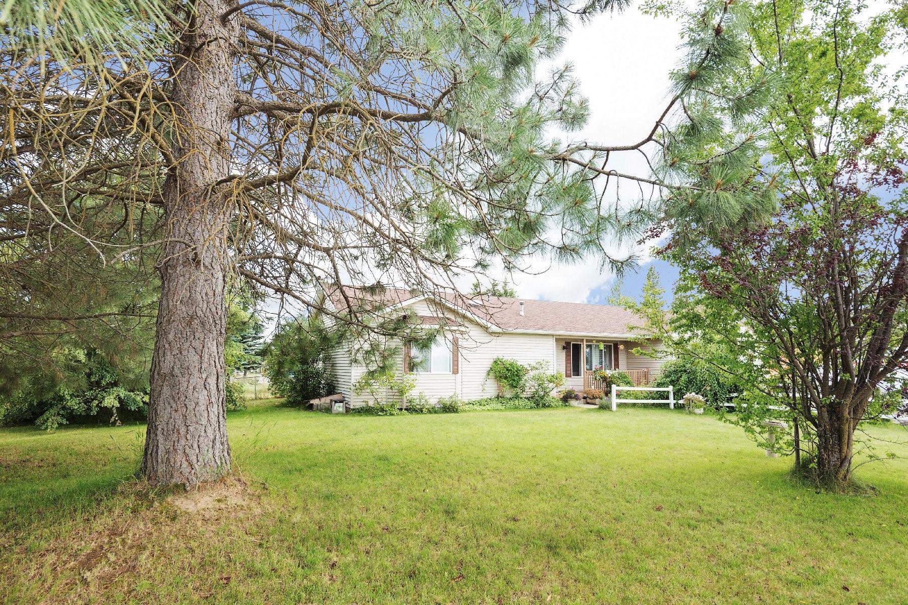 Single Family Homes por un Venta en NICE RANCHER HOME 1116 E 6th Deer Park, Washington 99006 Estados Unidos