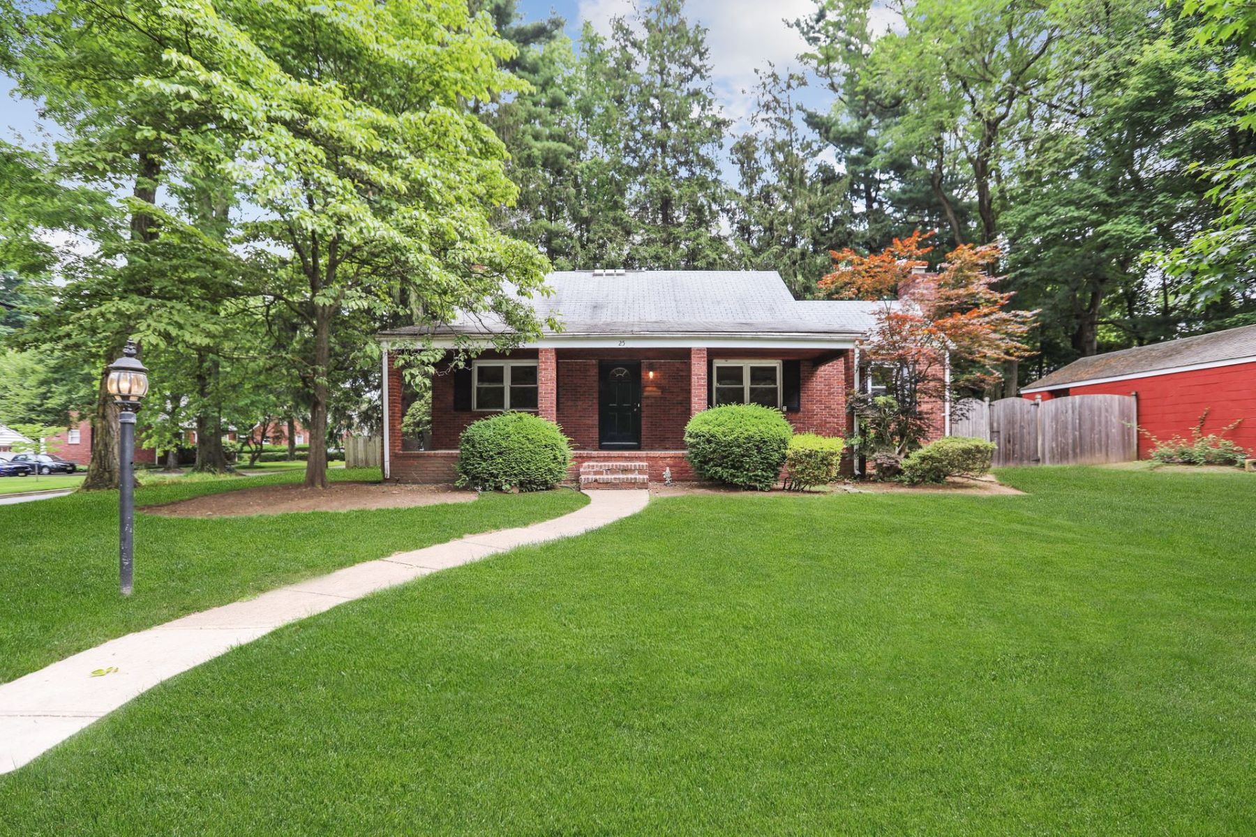 Single Family Homes for Sale at Great Curb Appeal 25 Poplar St Closter, New Jersey 07624 United States