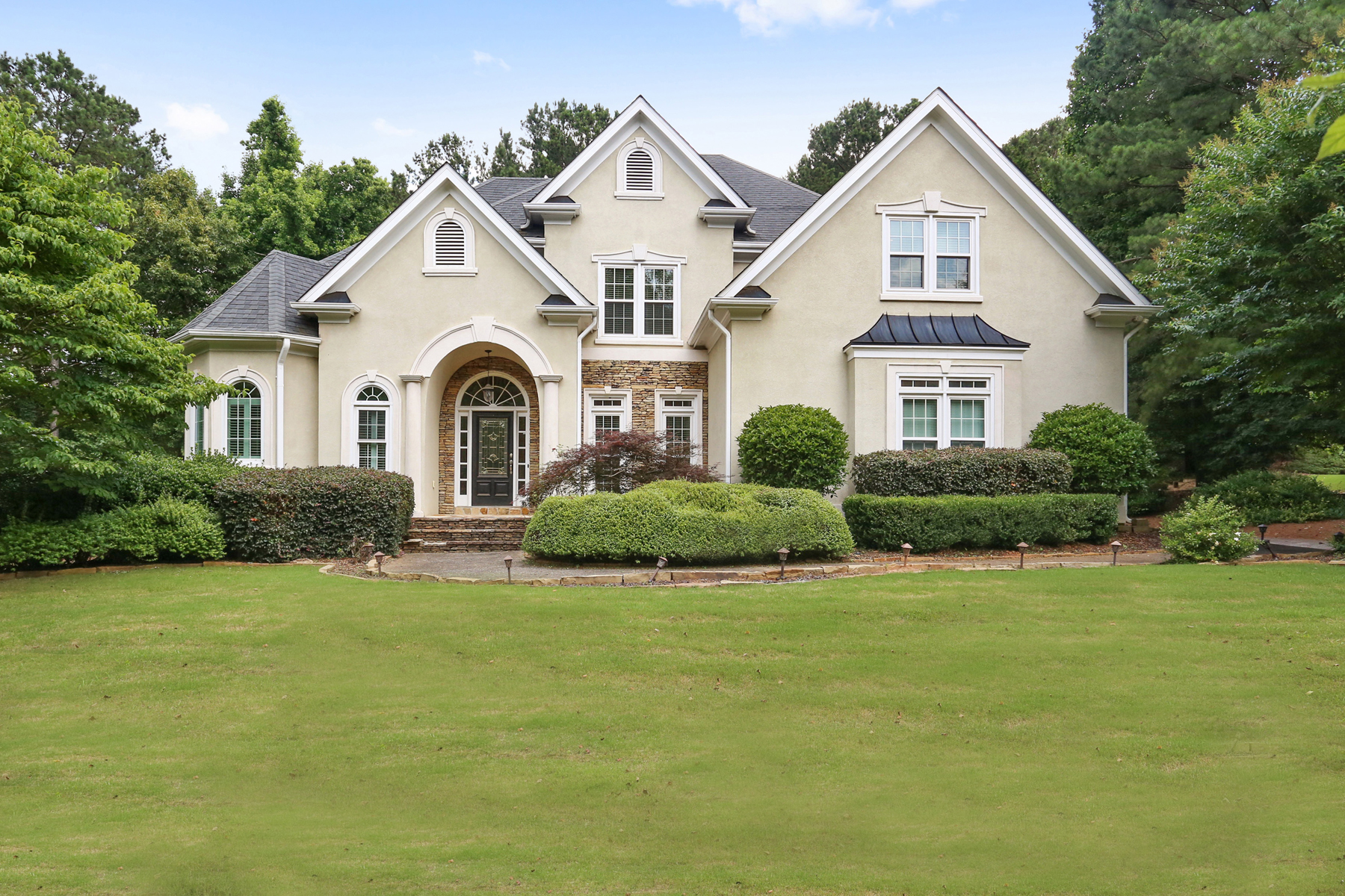Single Family Home for Sale at Golf Course Views 550 Champions Hills Dr Alpharetta, Georgia 30004 United States