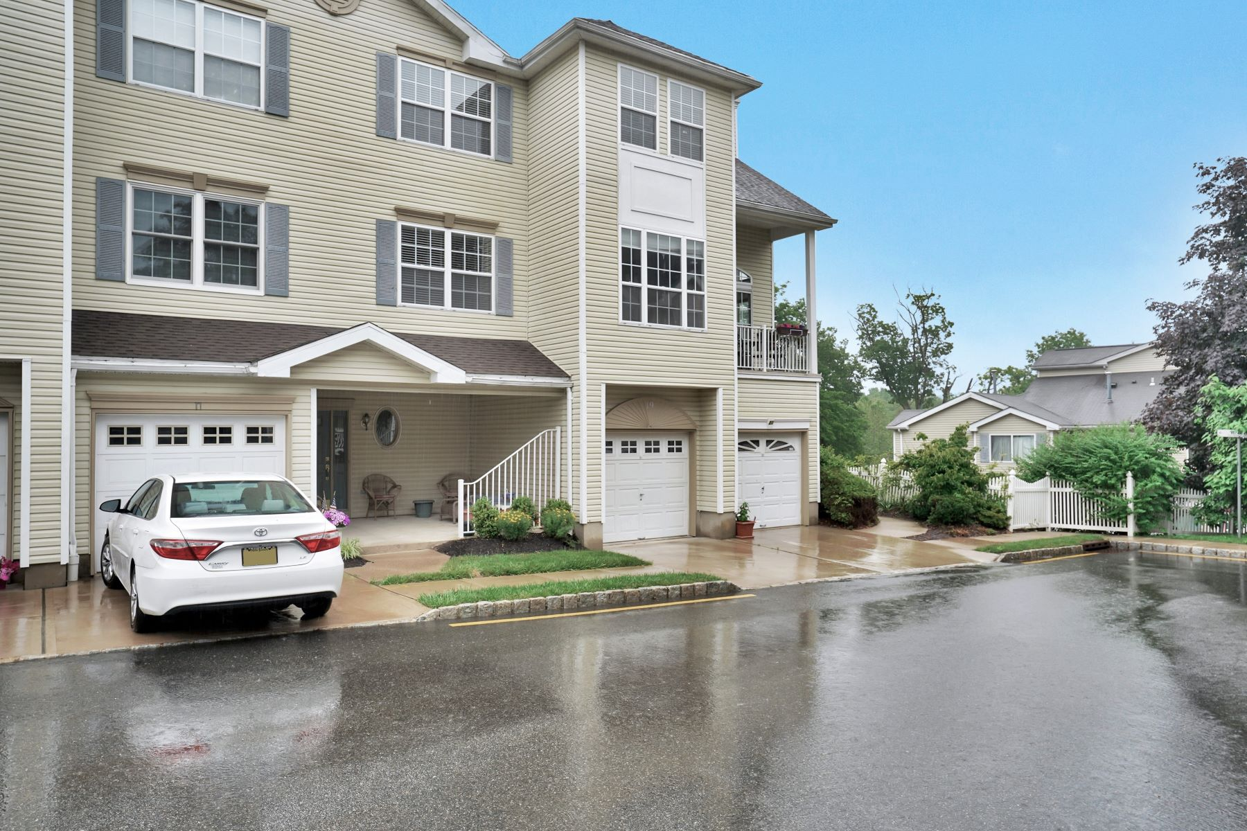 townhouses for Sale at Private and Bright 19 Hancock Drive Morris Township, New Jersey 07960 United States
