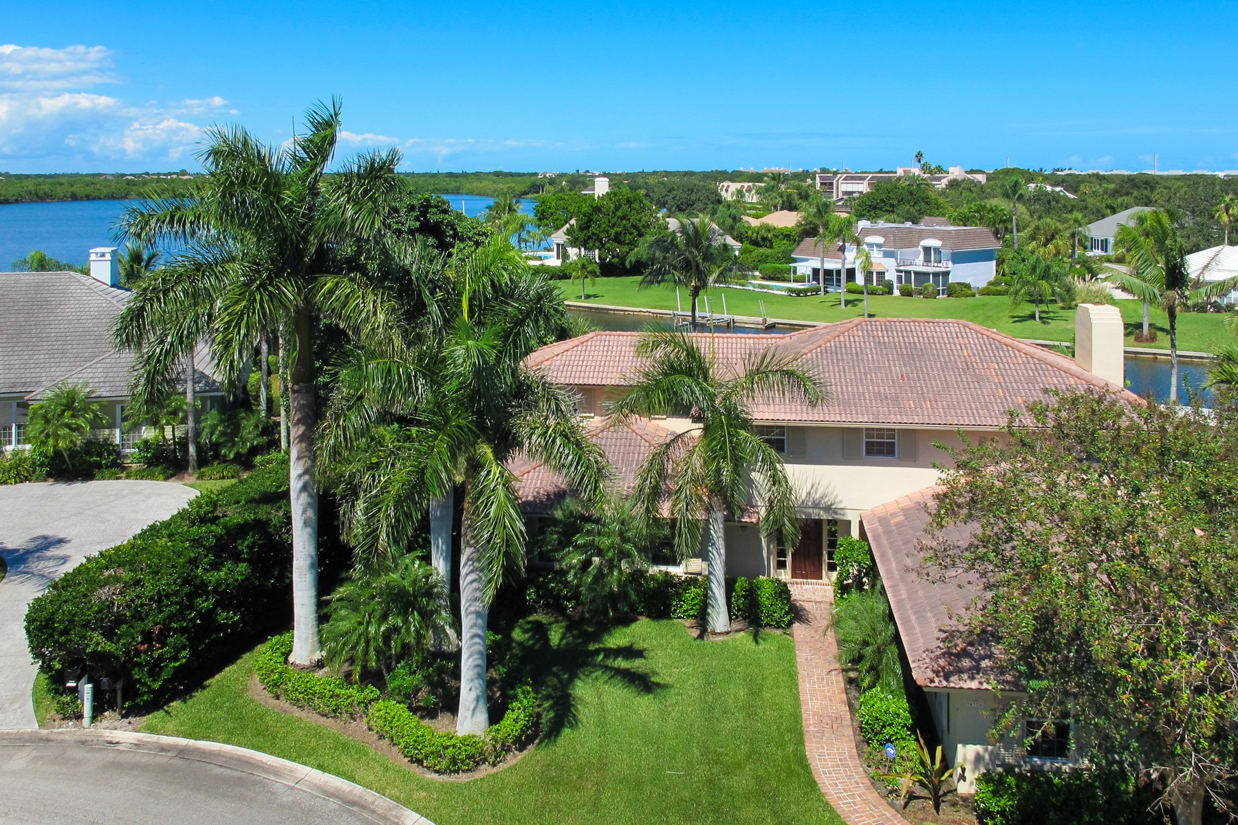 Eensgezinswoning voor Verkoop op Extraordinary Riverfront Estate 4576 Pebble Bay S Indian River Shores, Florida 32963 Verenigde Staten
