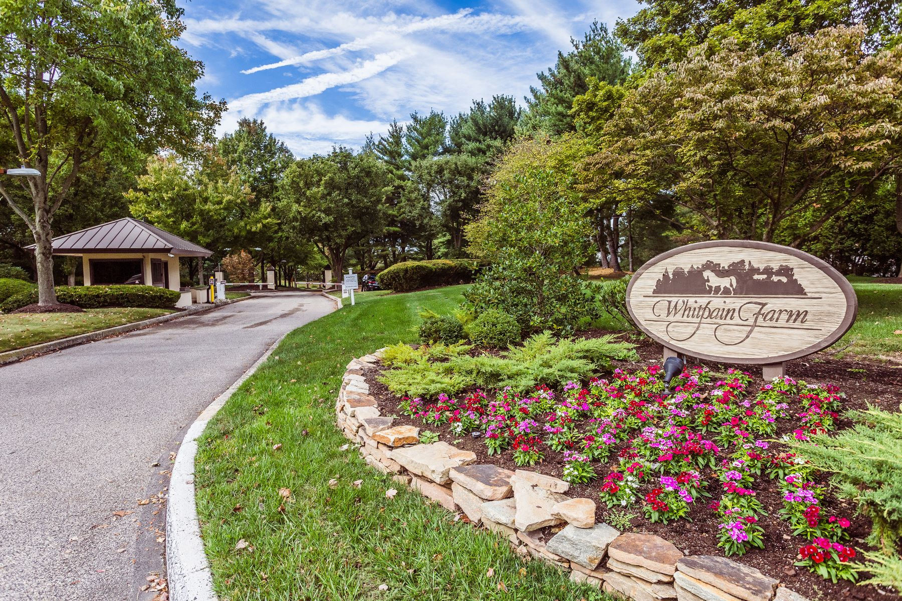 Single Family Homes for Sale at 8 Tally Ho Lane 8 Tally Ho Ln Blue Bell, Pennsylvania 19422 United States