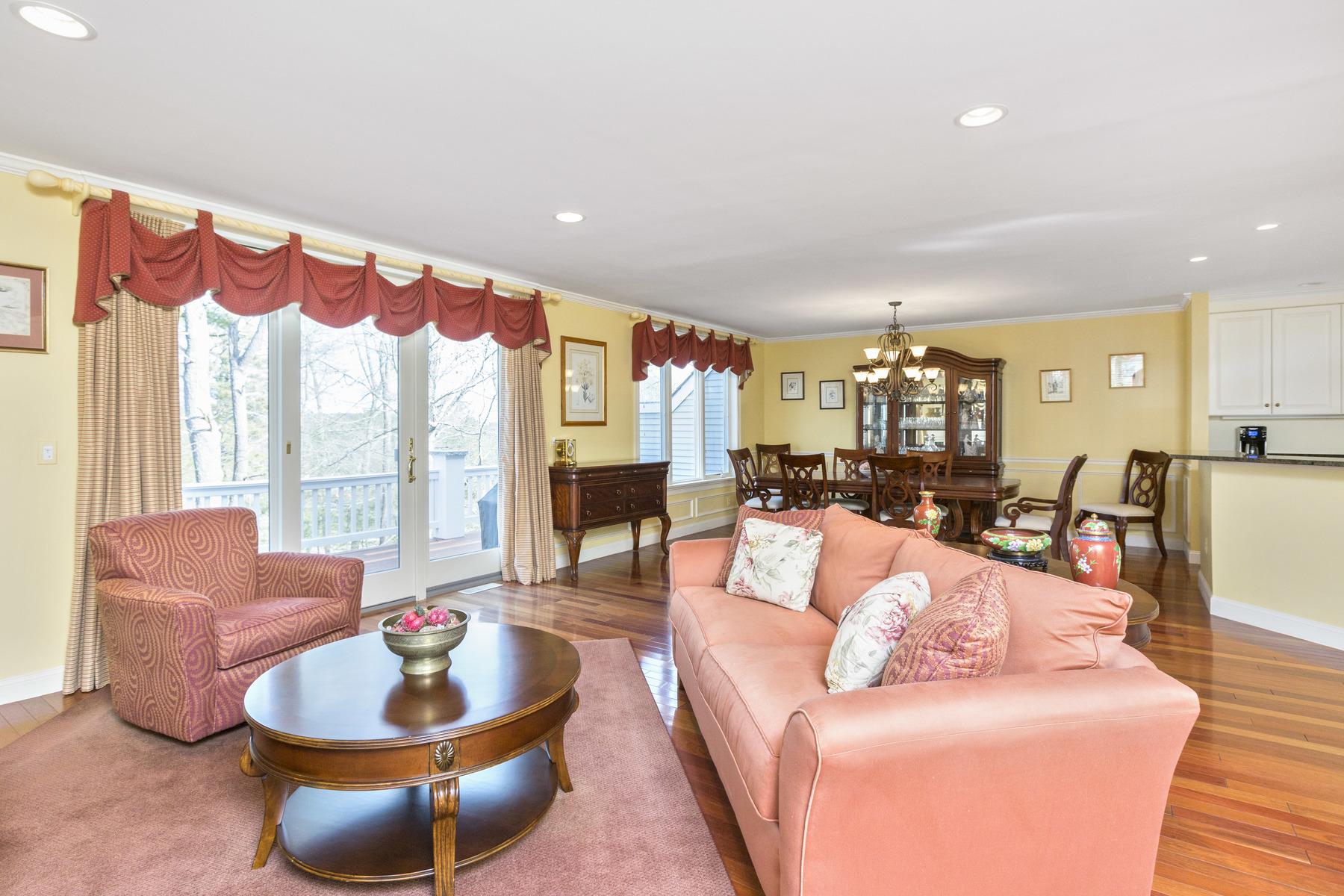Villa per Vendita alle ore Desirable Floor Plan At Ipswich Country Club 32 Highwood Lane Ipswich, Massachusetts, 01938 Stati Uniti